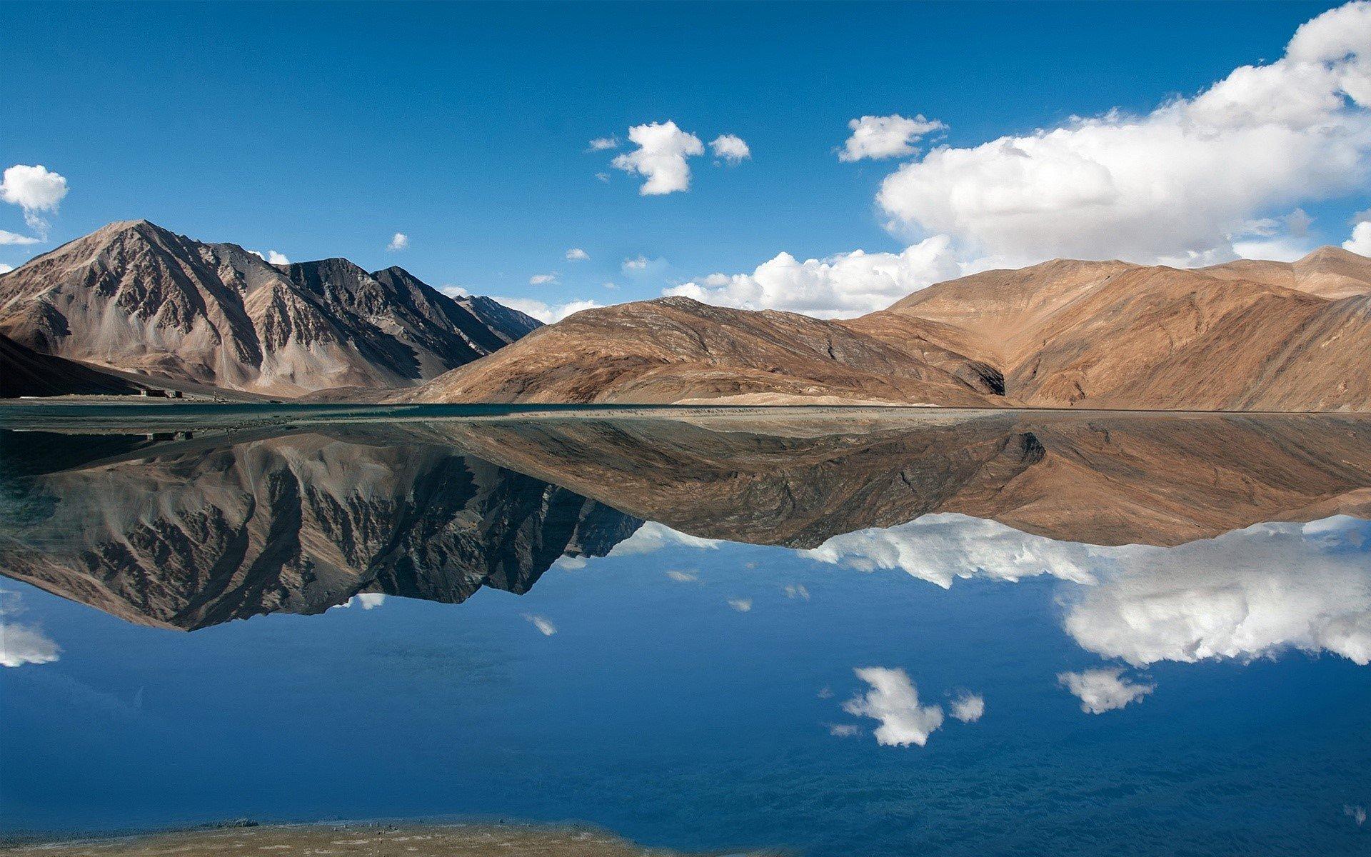 Fondo de pantalla de Lago Pangong en Jammu y Kashmir Imágenes