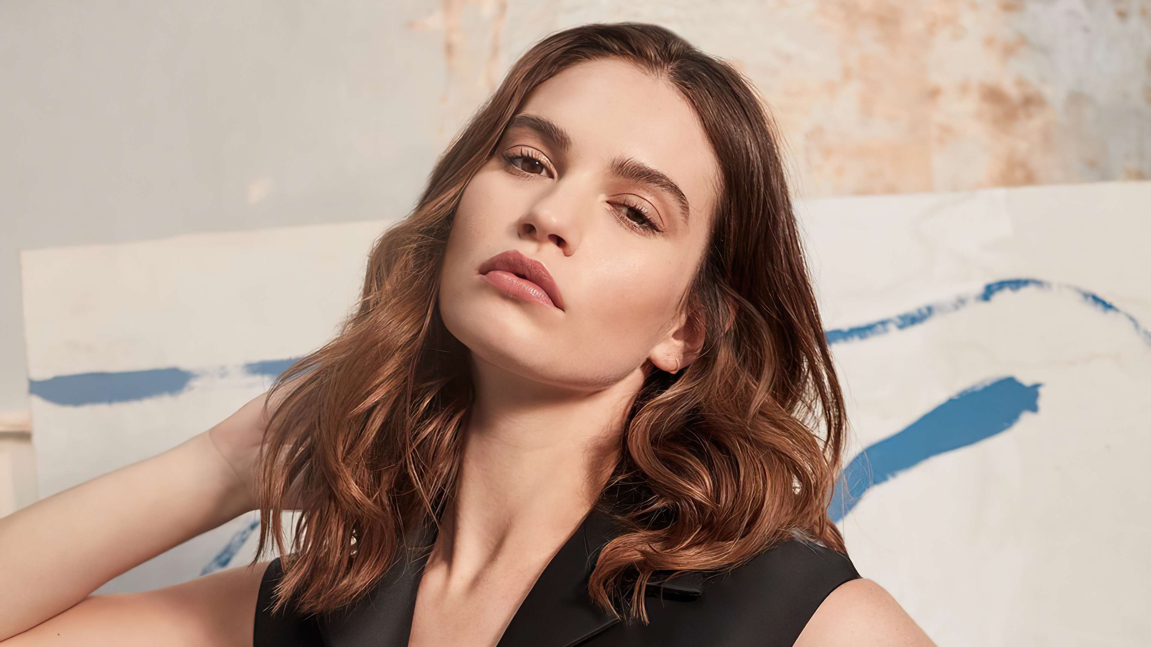 Wallpaper Lily James 2020