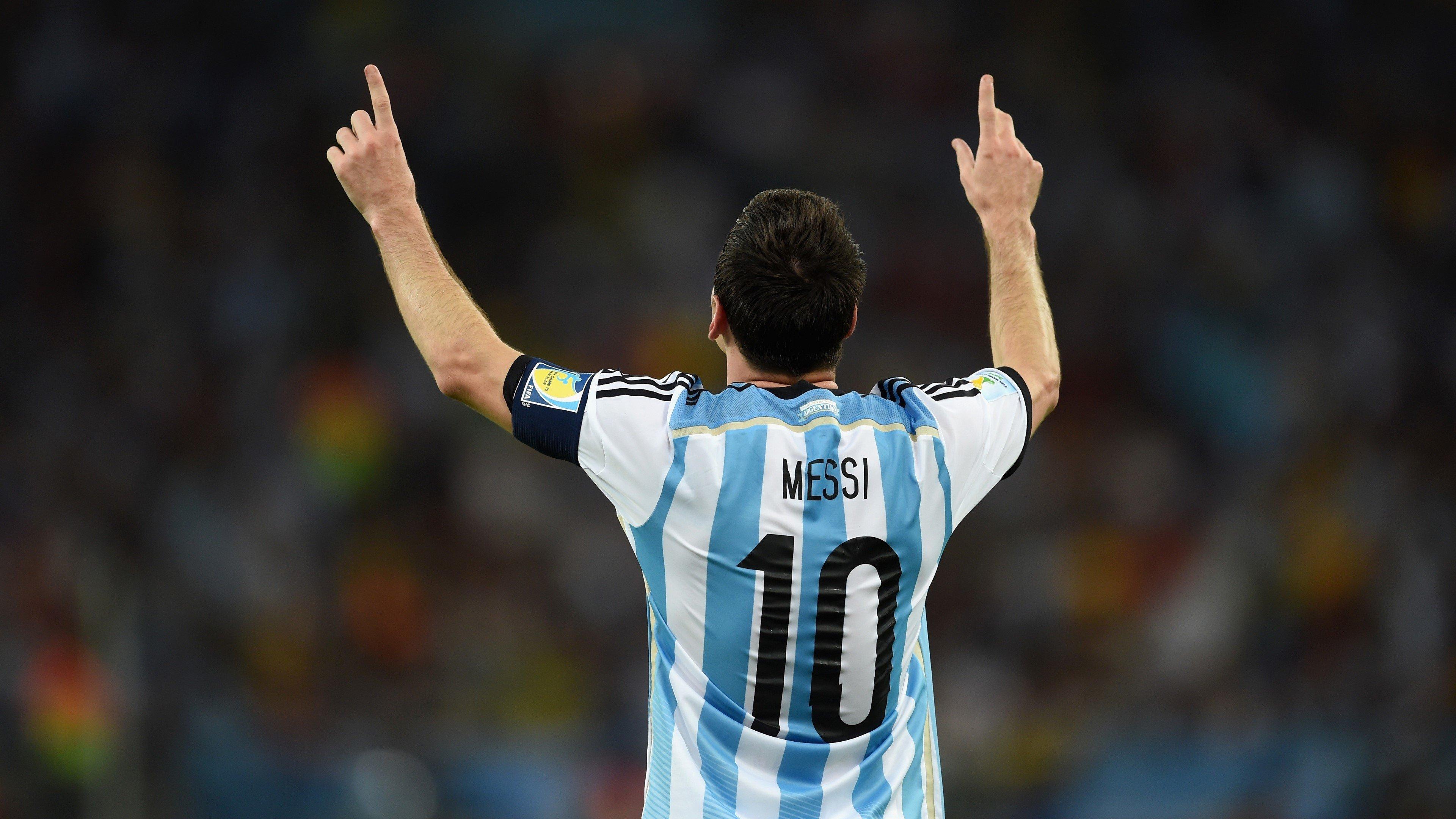 Fondos de pantalla Lionel Messi en un estadio