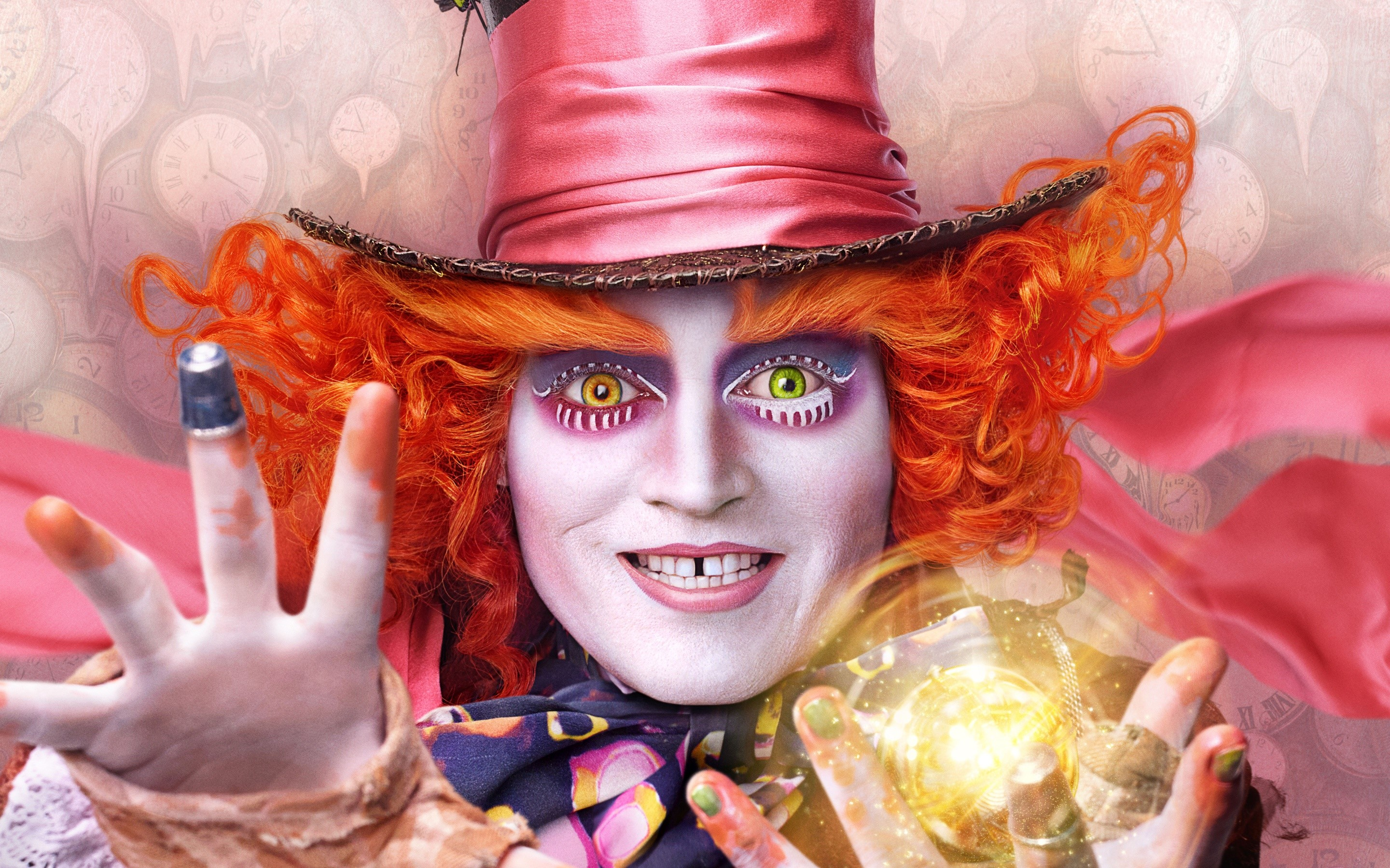 Wallpaper Alicia's Mad Hatter Through the Looking Glass
