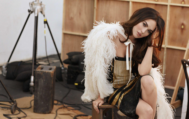 Wallpaper Megan Fox in Photoshoot