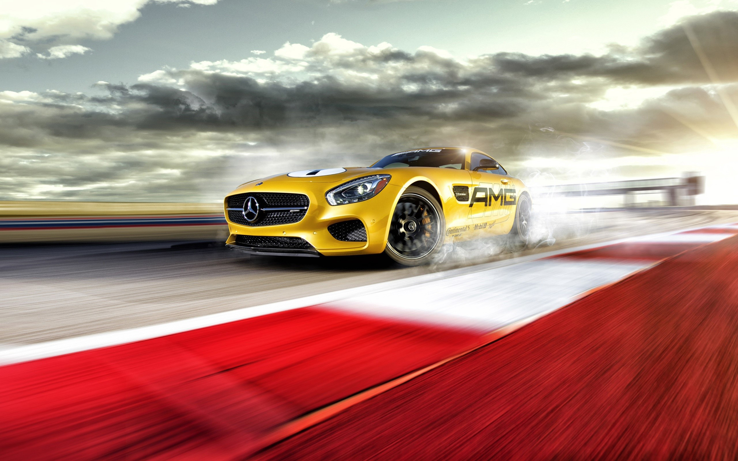 Wallpaper Mercedes AMG GT S on a track