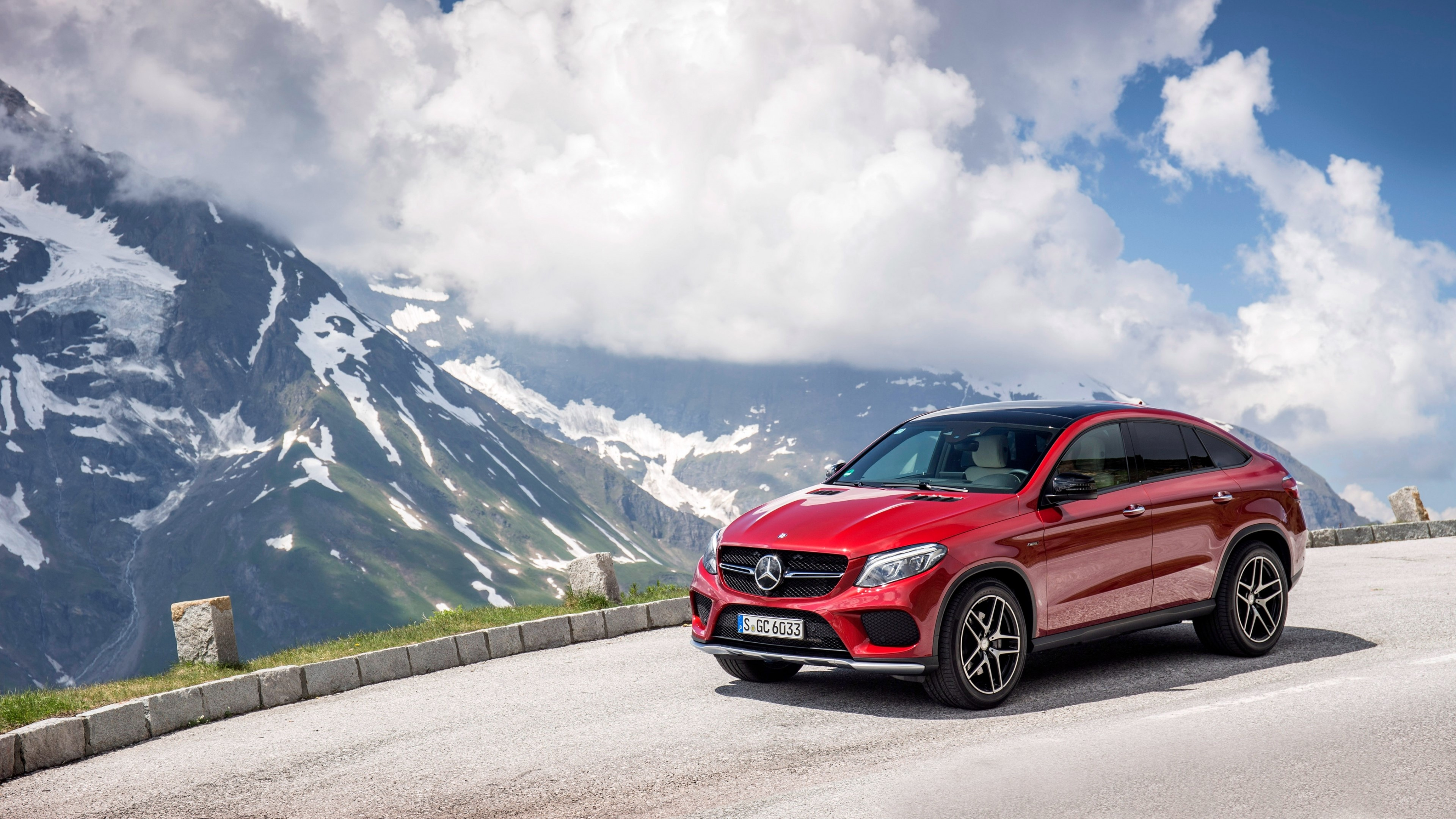 Wallpaper Mercedes Benz GLE 450 AMG Red in mountains