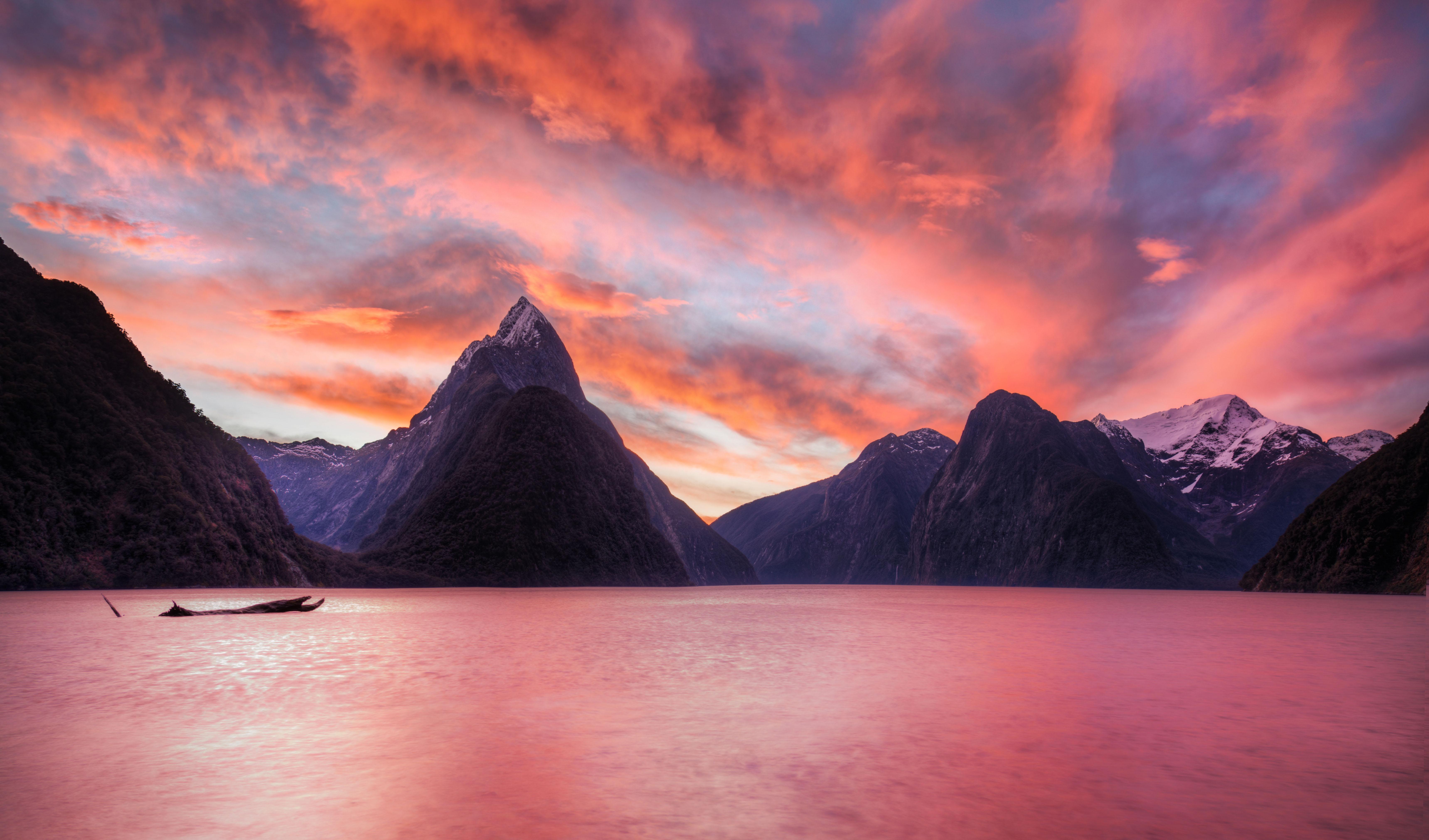 Fondos de pantalla Milford Sound en Nueva Zelanda