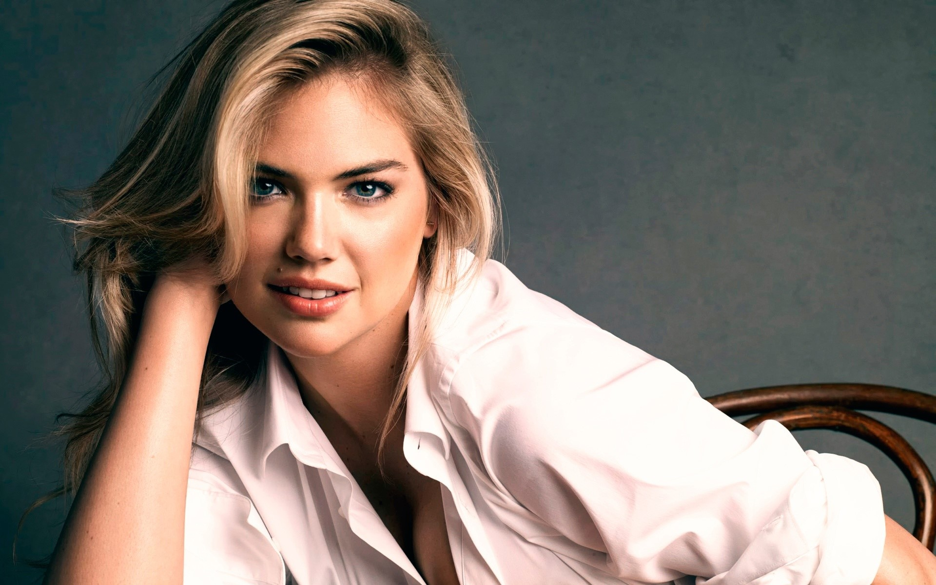 Wallpaper Model and actress Kate Upton