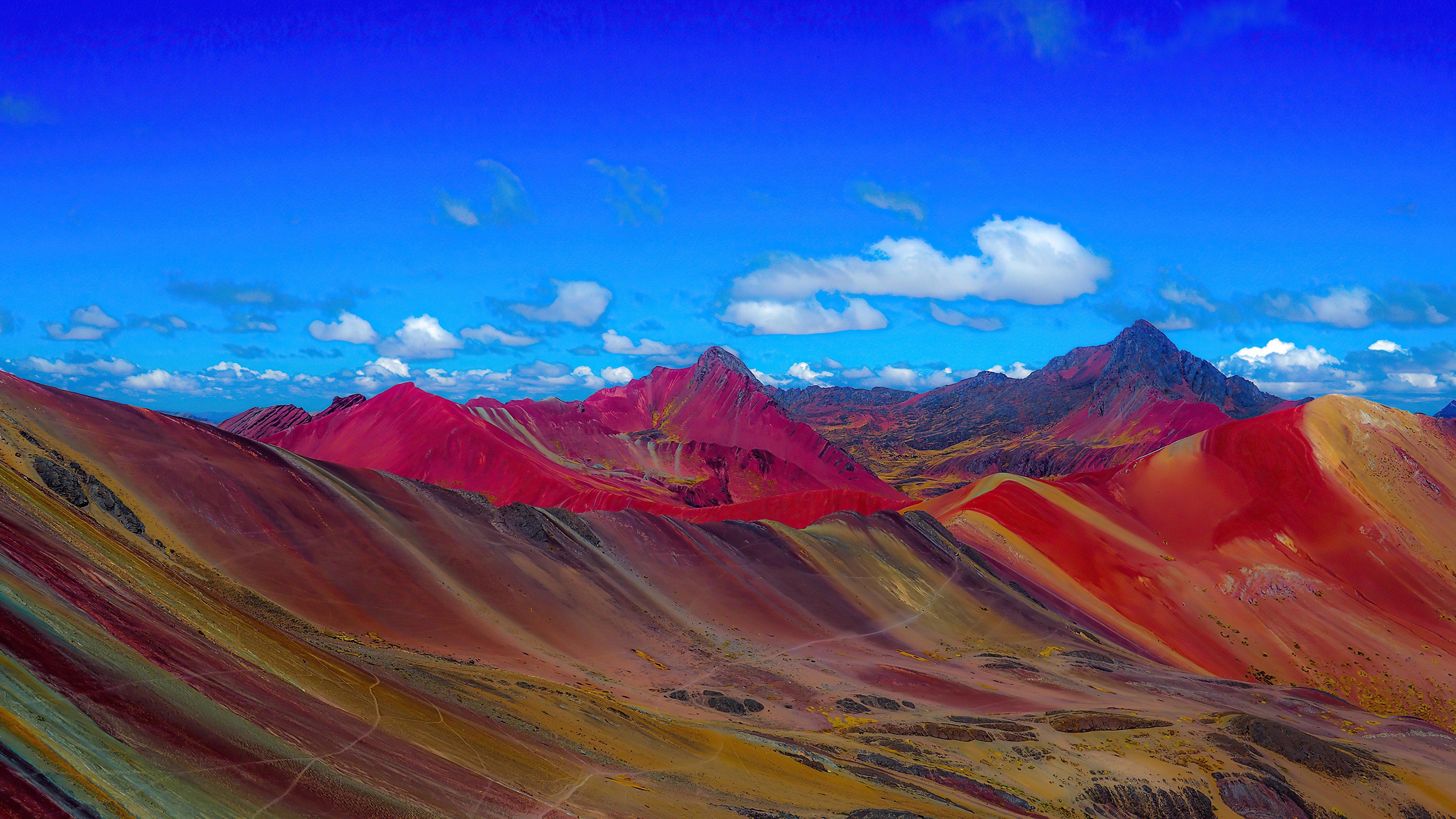 Fondos de pantalla Montañas de arcoíris en Perú