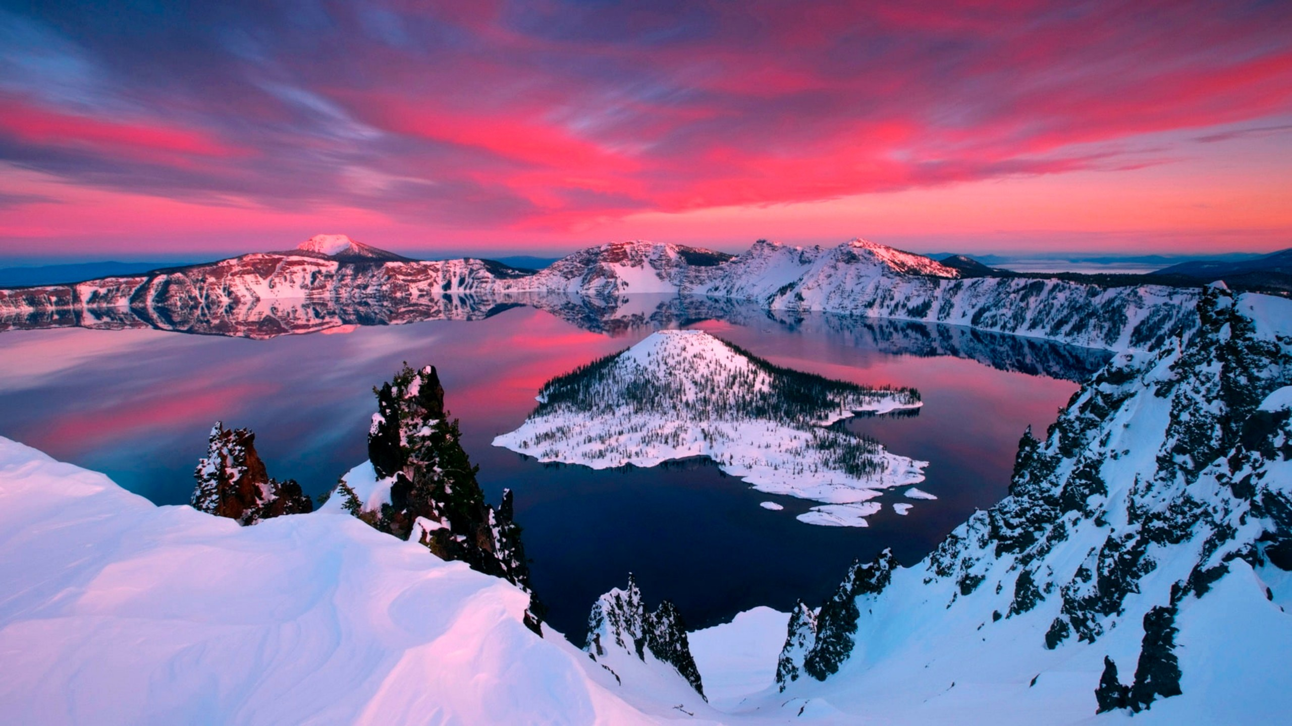 Wallpaper Mountains in lake with snow
