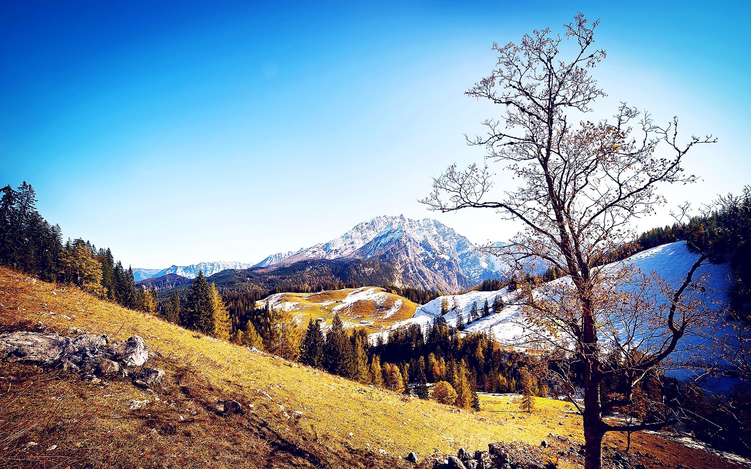 Wallpaper Mountains in autumn