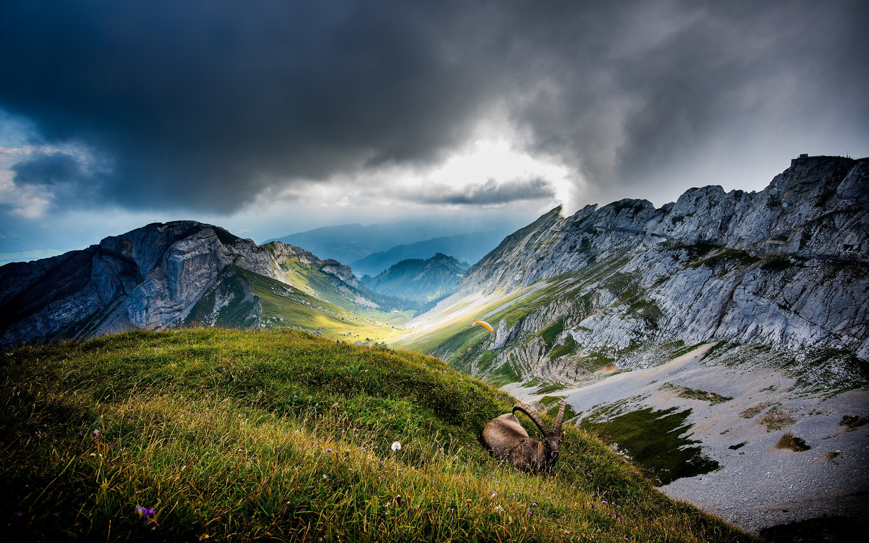 Wallpaper Mount Pilatus in Switzerland