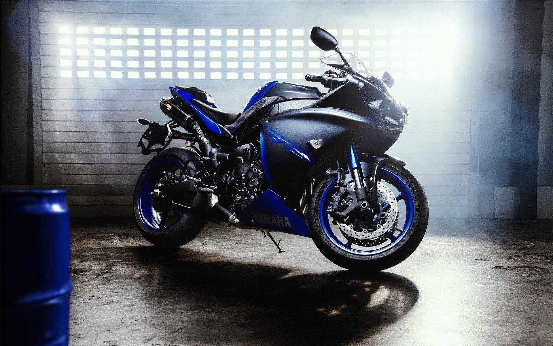 Wallpaper Moto Yamaha YZF R1