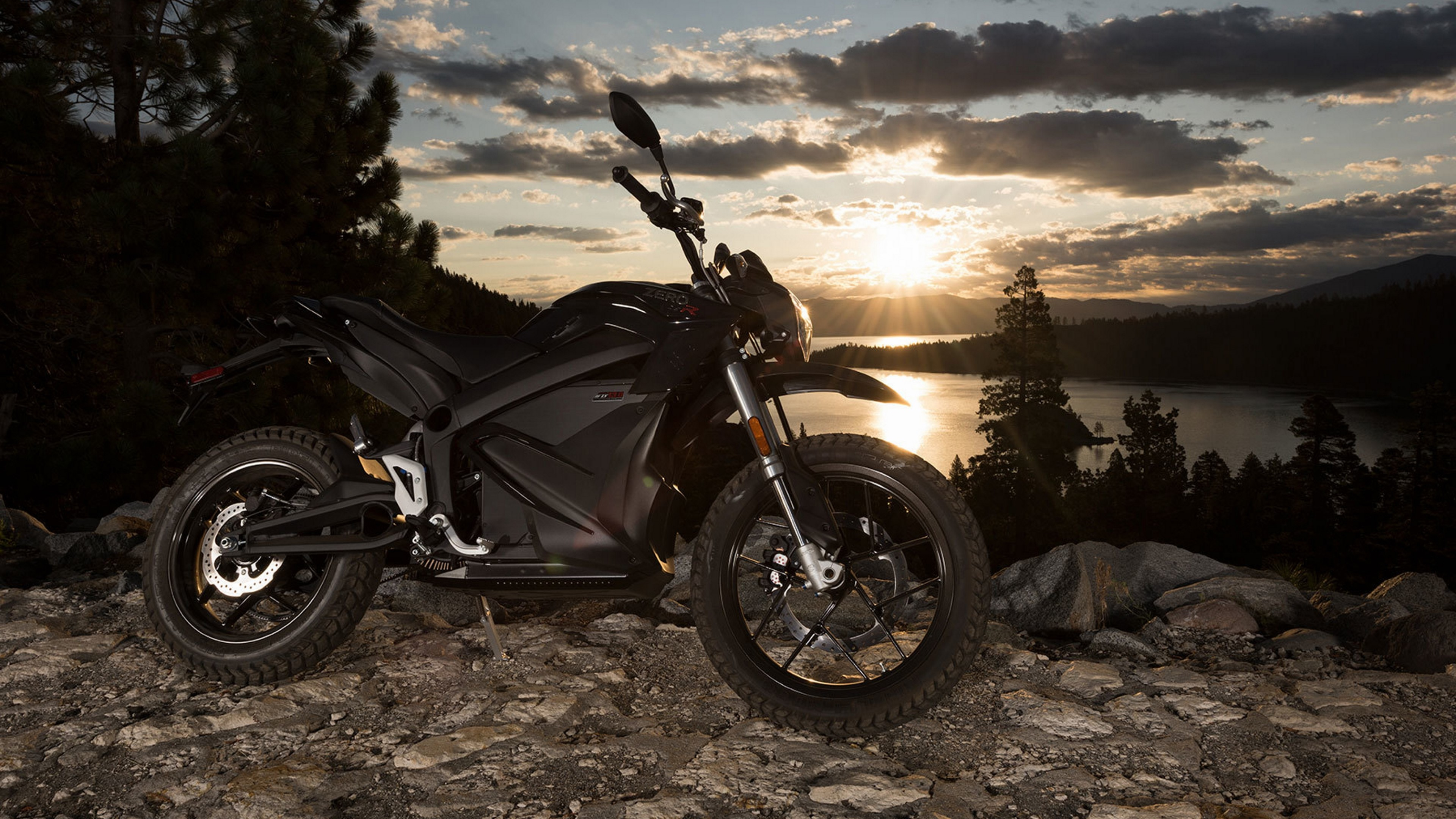 Fondos de pantalla Moto Zero DSR 2016