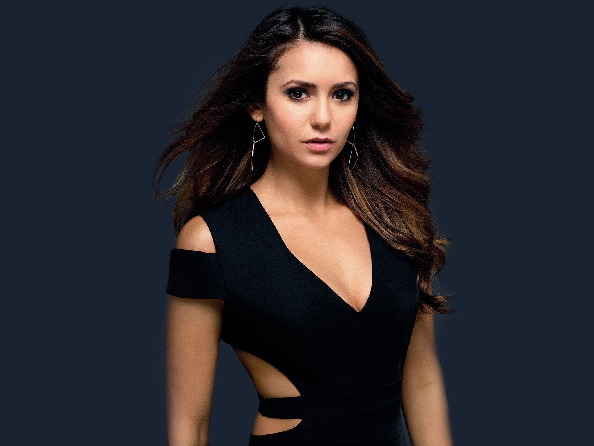 Wallpaper Nina Dobrev