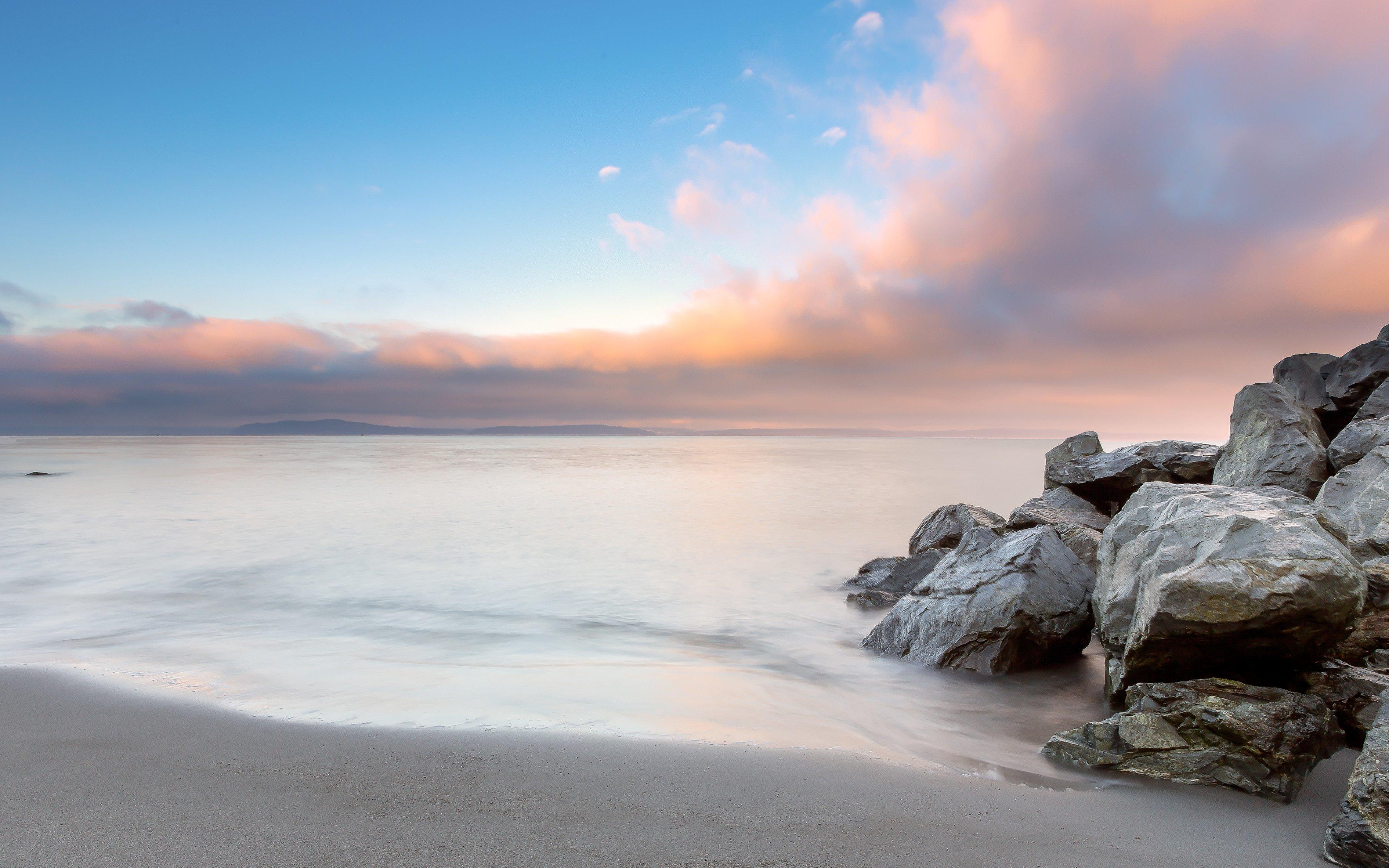 Fondos de pantalla Nubes al atardecer en la playa