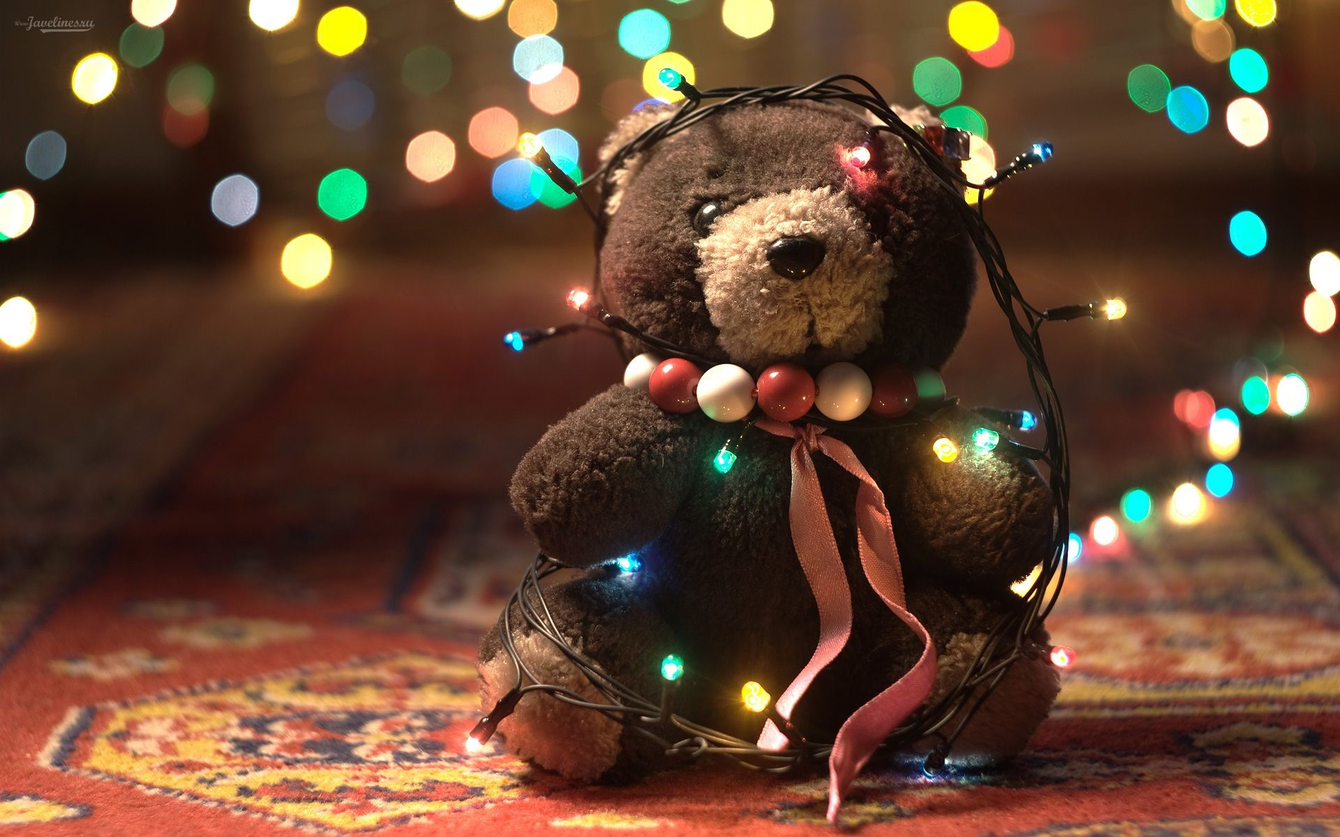Wallpaper Teddy bear with Christmas lights