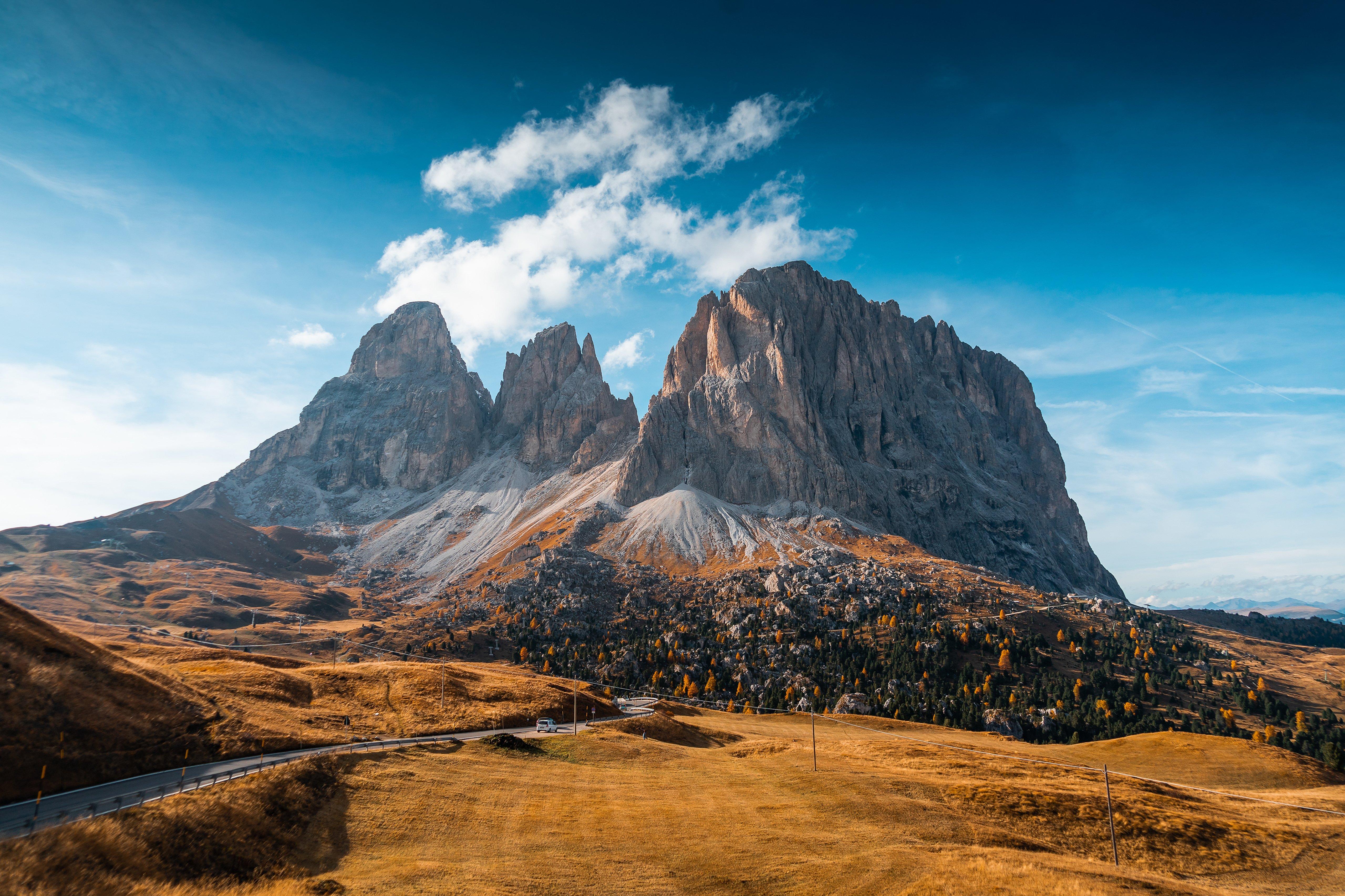 Fondos de pantalla Otoño en las montañas de Italia