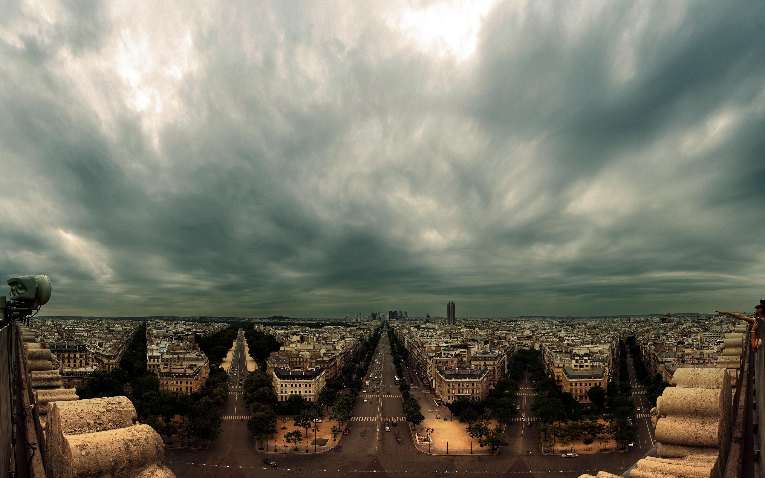 Fondos de pantalla Paris nublado