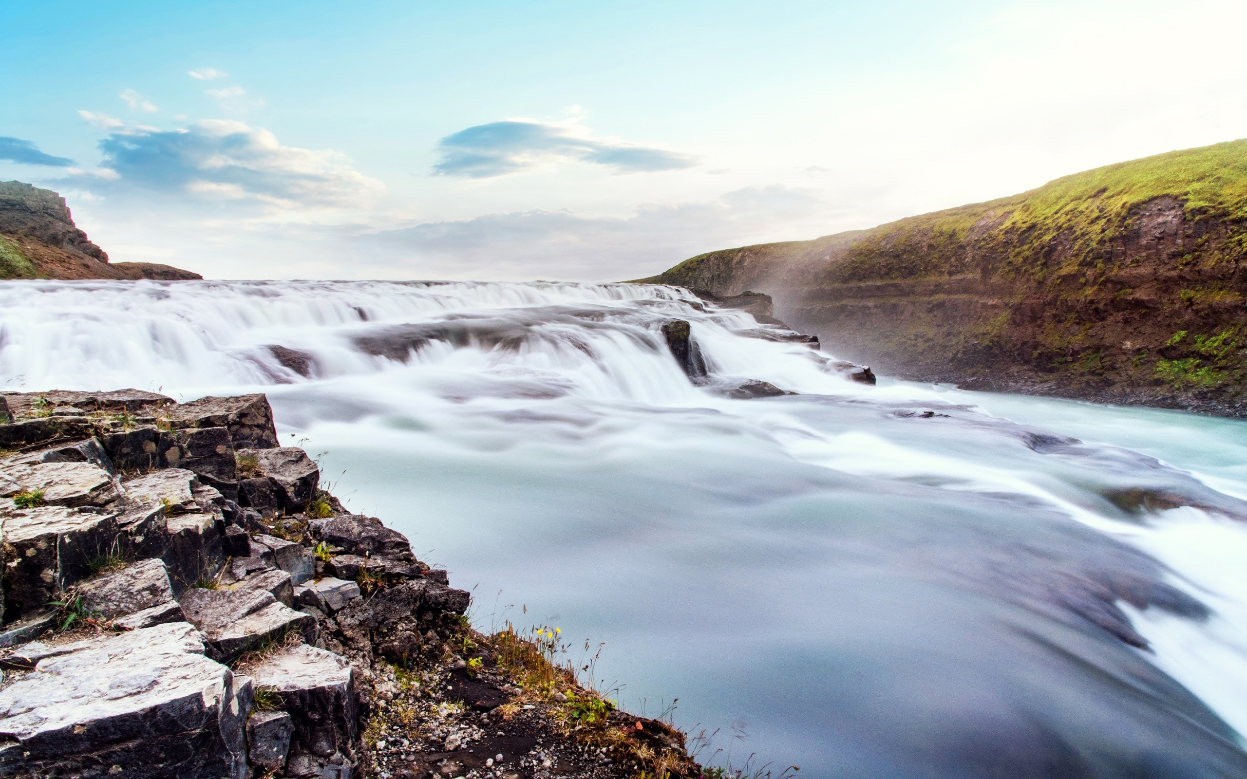 Wallpaper Steam National Park thingvellir in Iceland