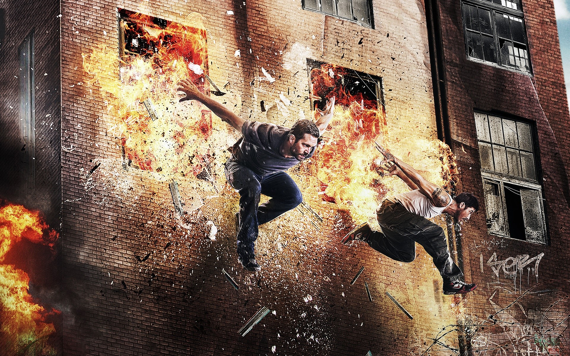 Wallpaper Paul Walker and David Bell in Brick Mansions