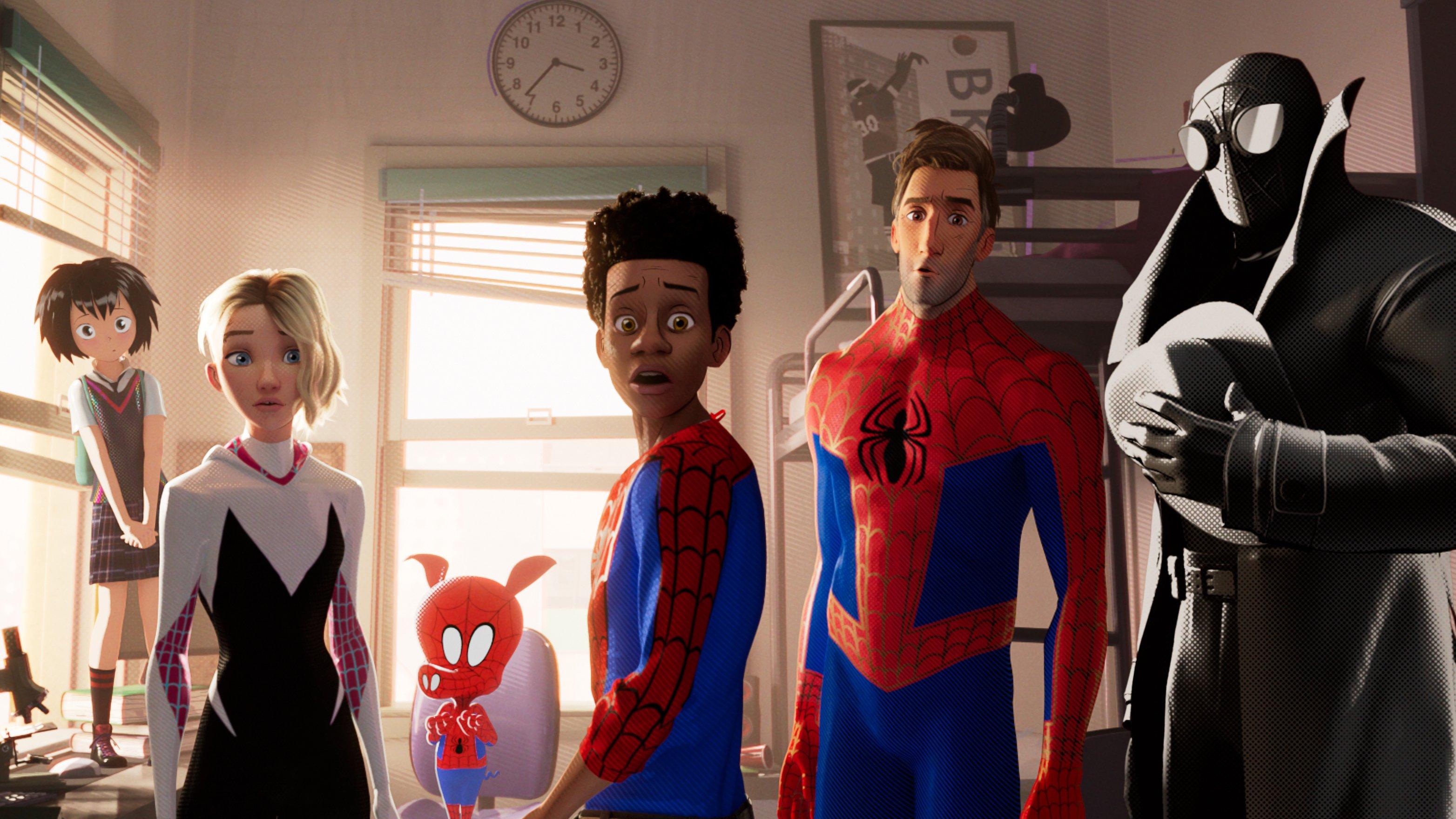 Fondos de pantalla Personajes de Spider-Man: Un nuevo universo
