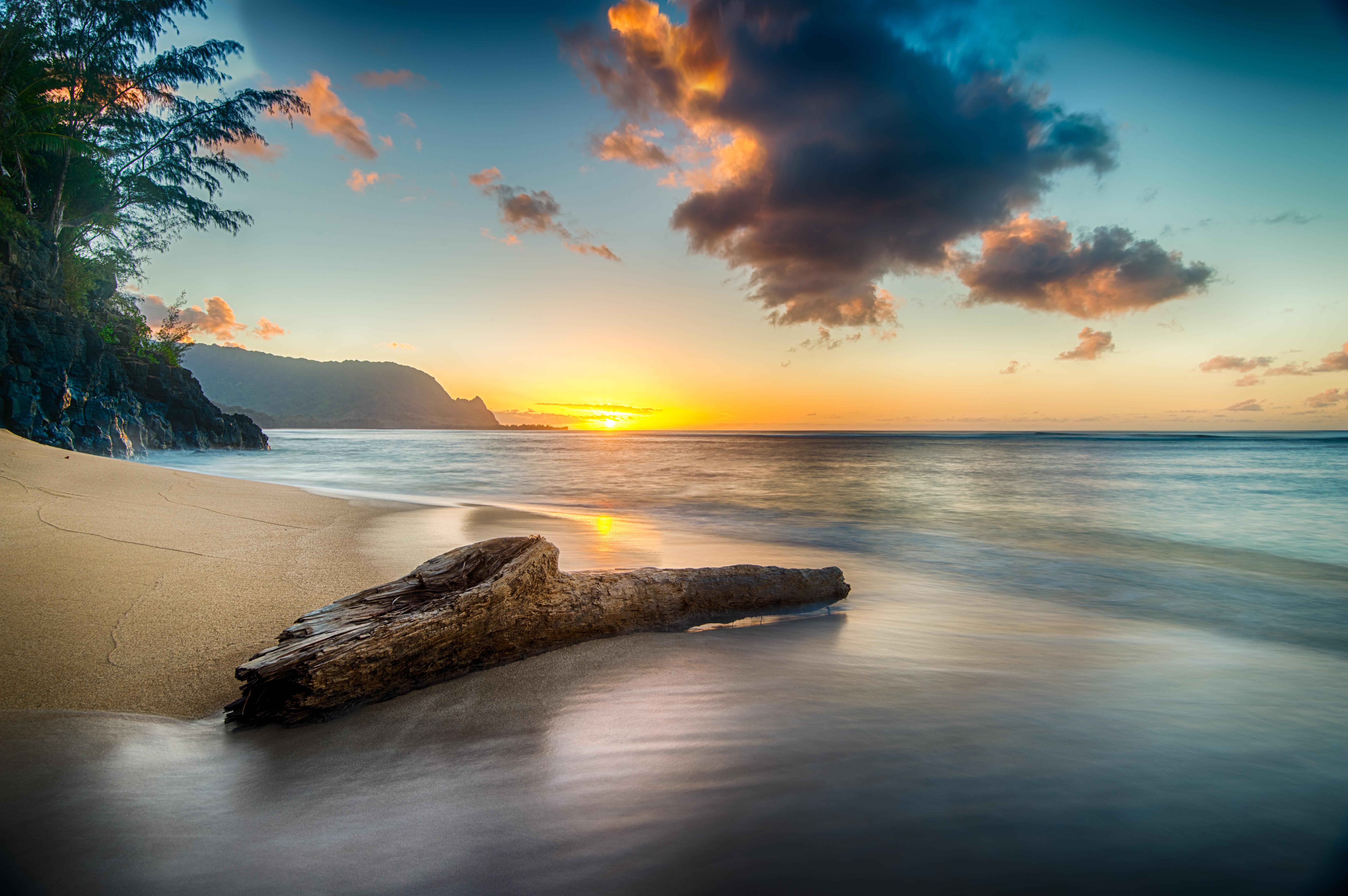 Wallpaper Beach at sunset on north shore of Kauai