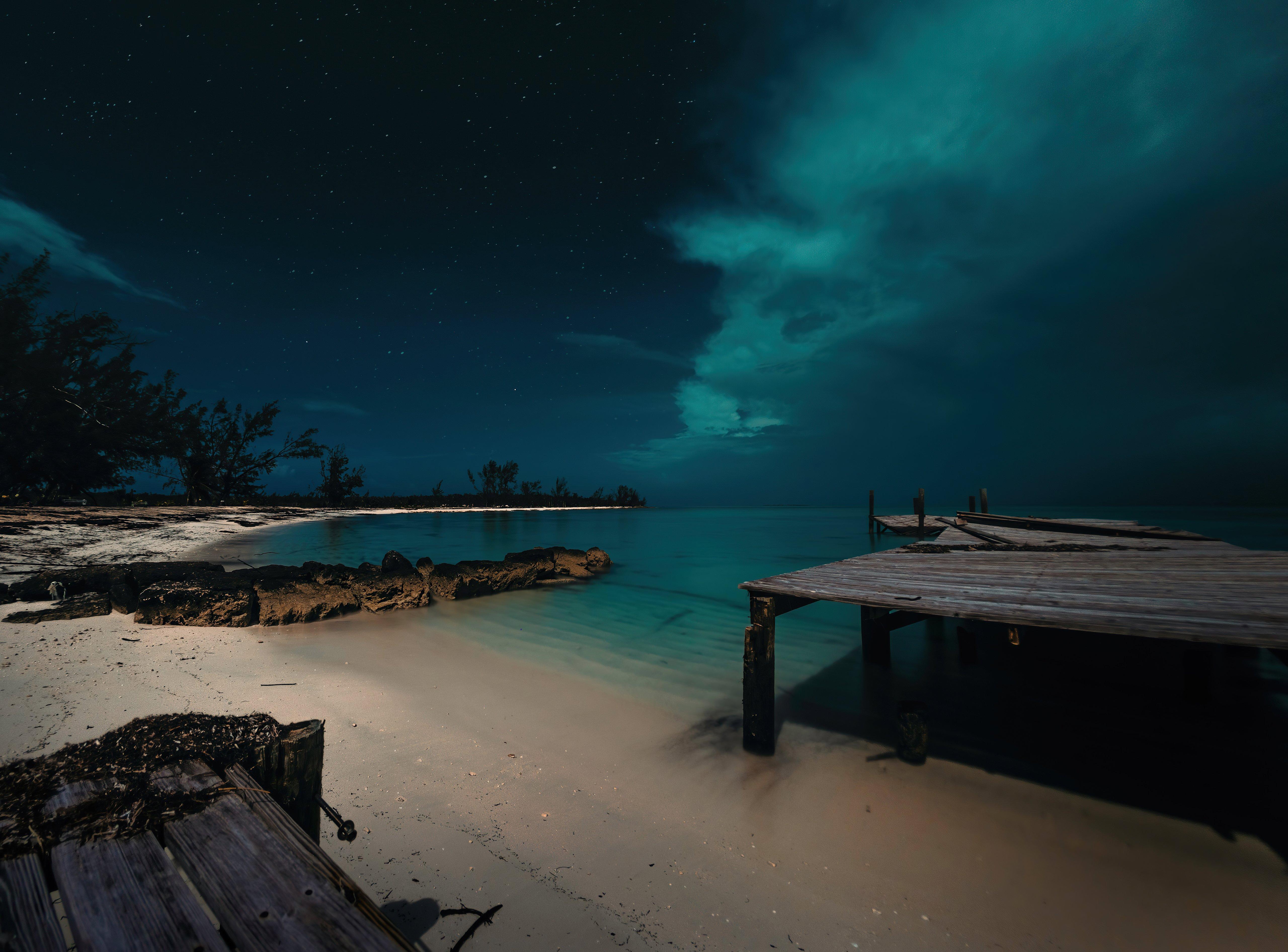 Fondos de pantalla Playa nocturna en las Bahamas