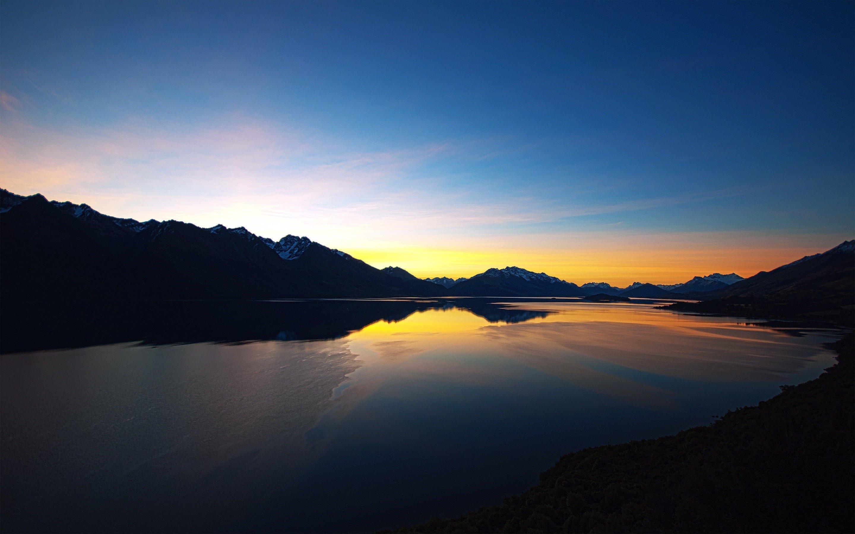 Wallpaper Sunset on a lake