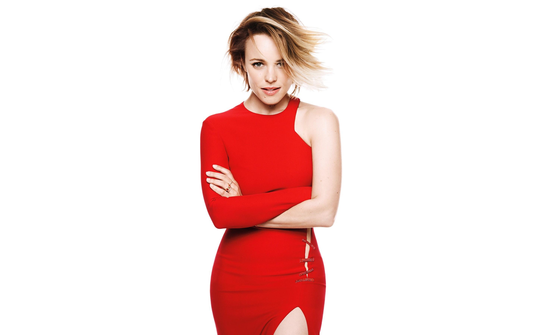 Fondos de pantalla Rachel McAdams en un vestido rojo