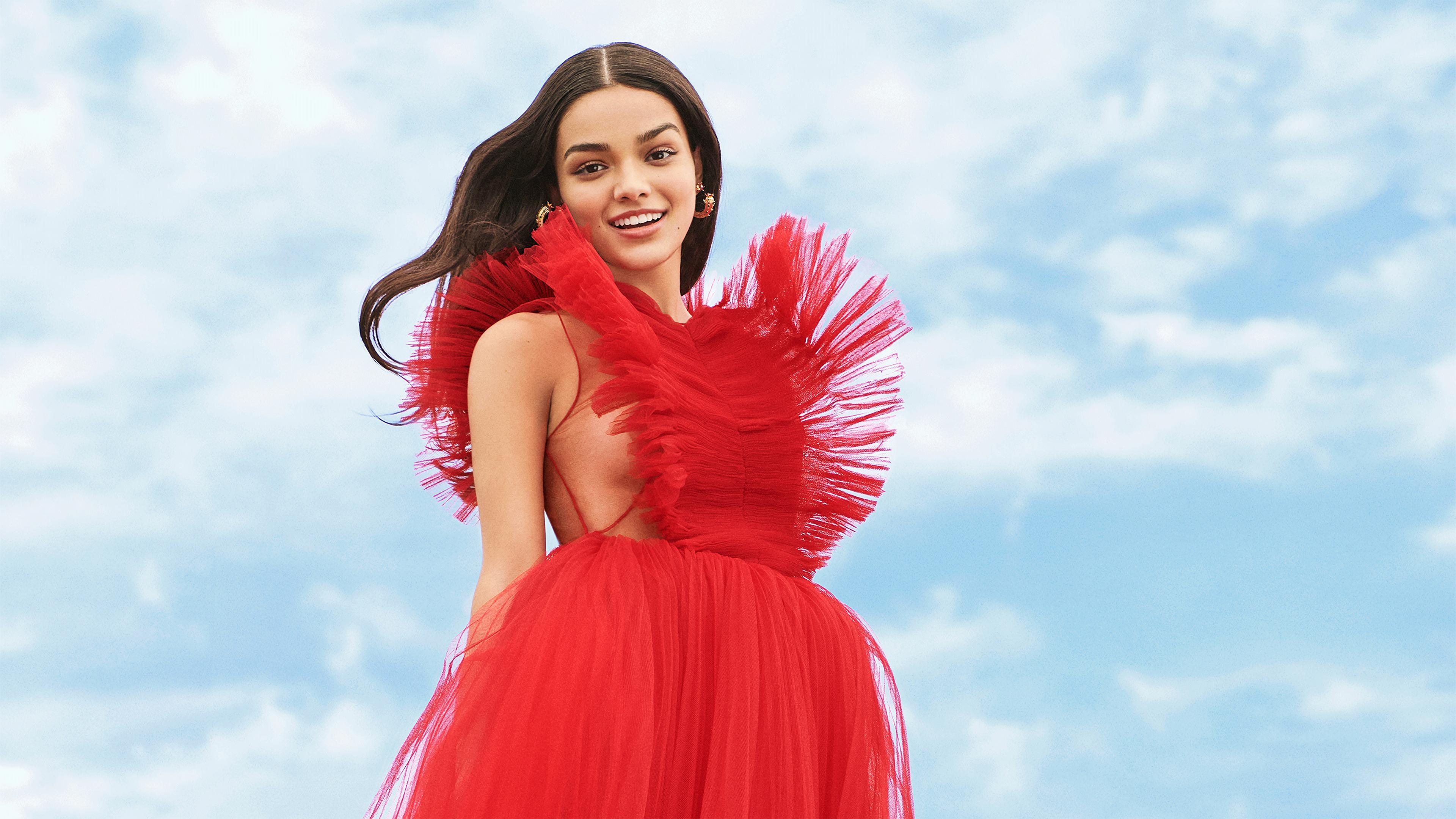 Wallpaper Rachel Zegler red dress