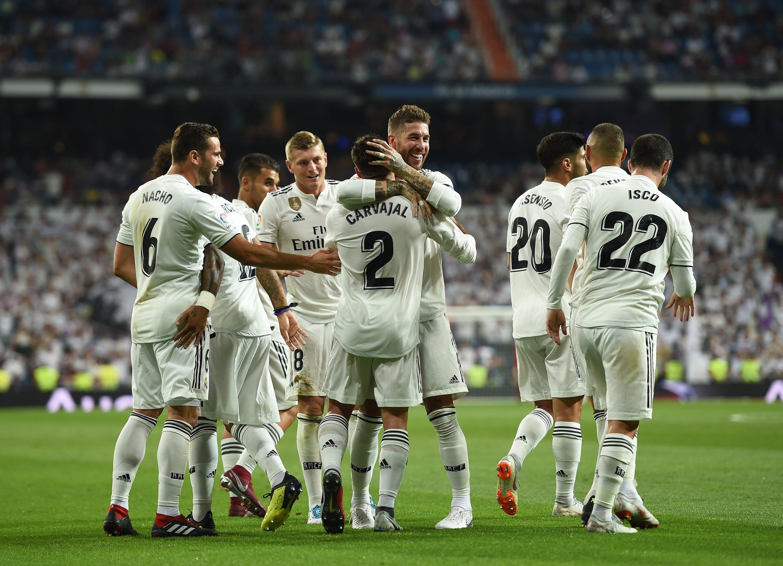 Wallpaper Real Madrid celebating goal