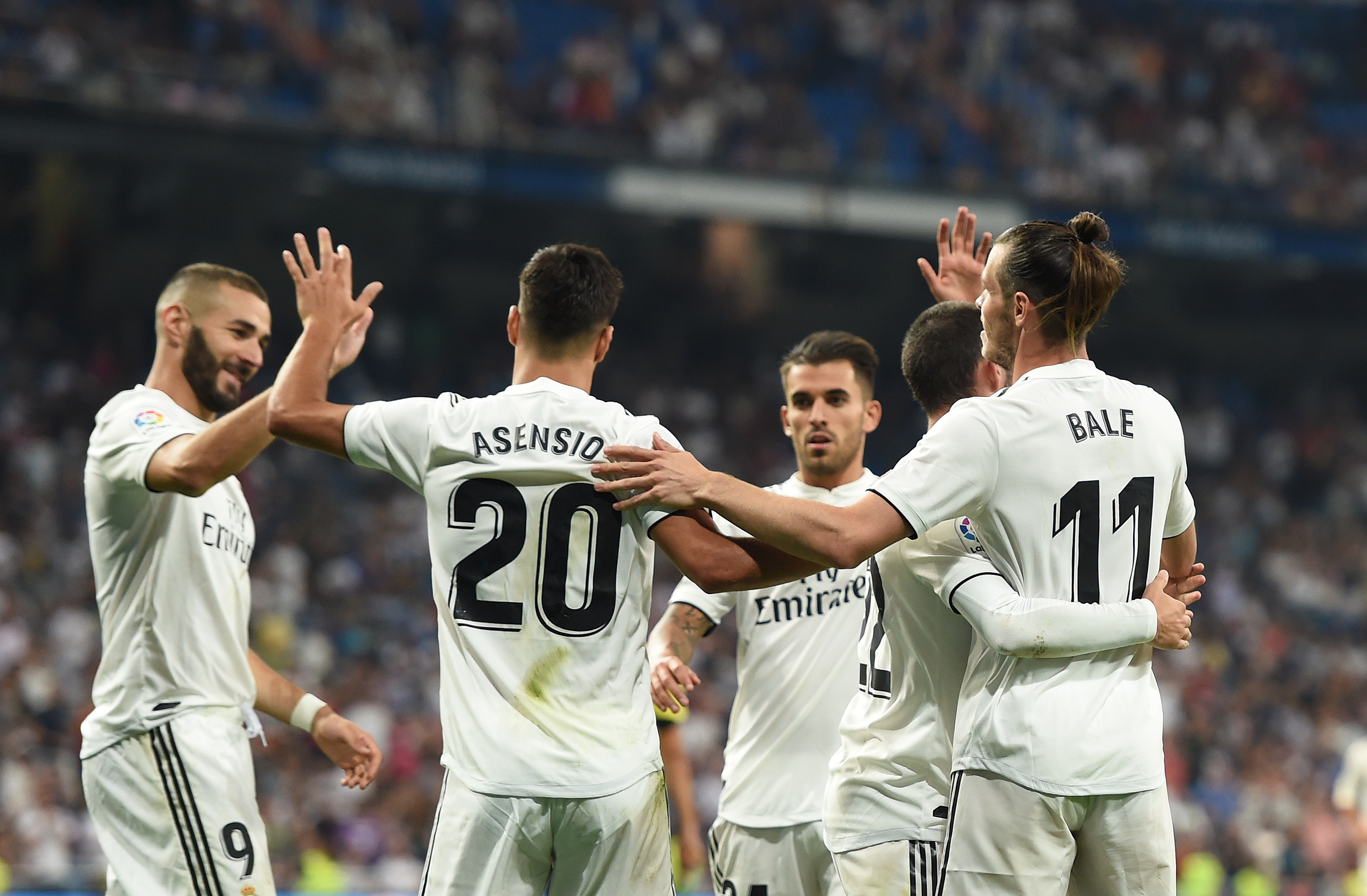 Wallpaper Real Madrid celebrating in game