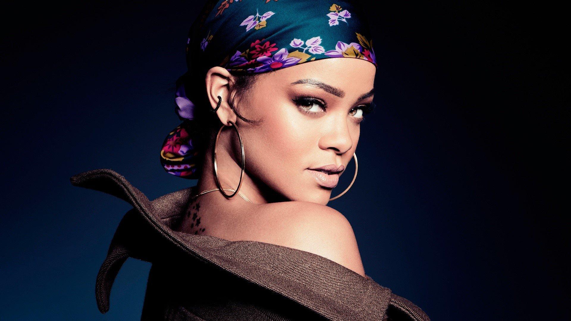 Fondos de pantalla Rihanna en 2015