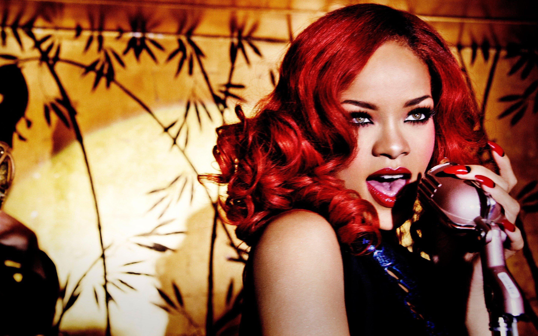 Fondos de pantalla Rihanna peliroja