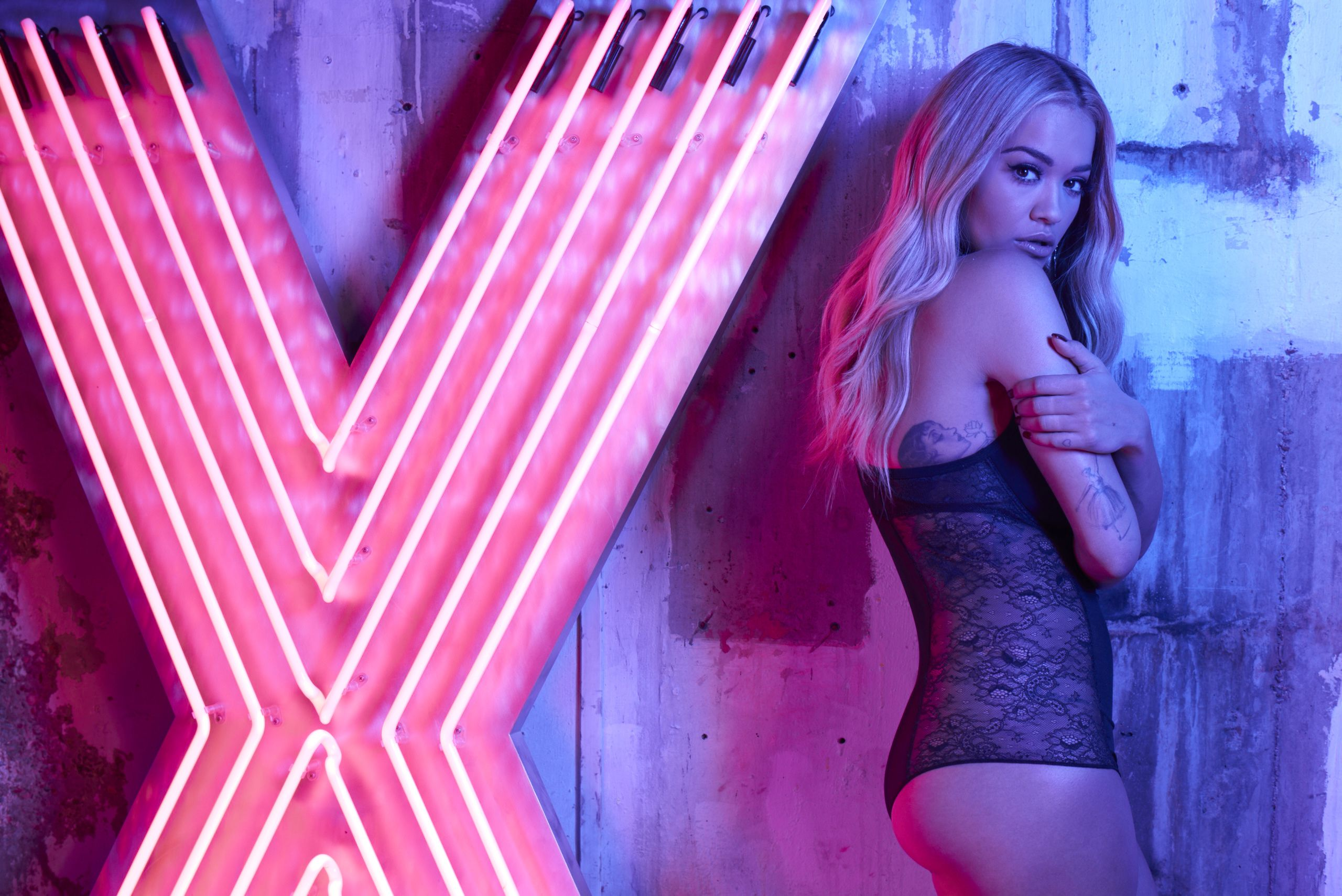 Fondos de pantalla Rita Ora Photoshoot de 2017