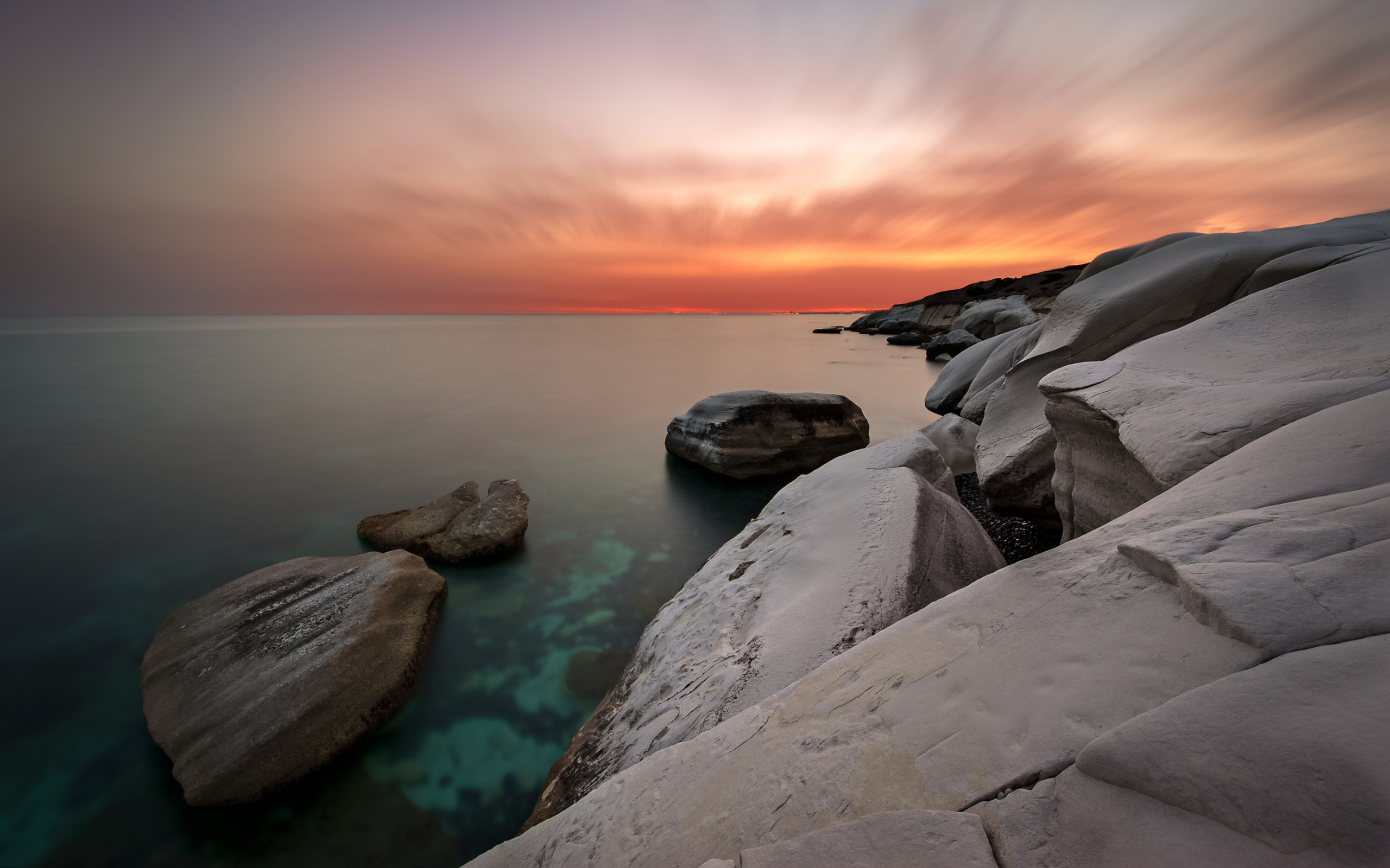 Wallpaper White rocks on the coast