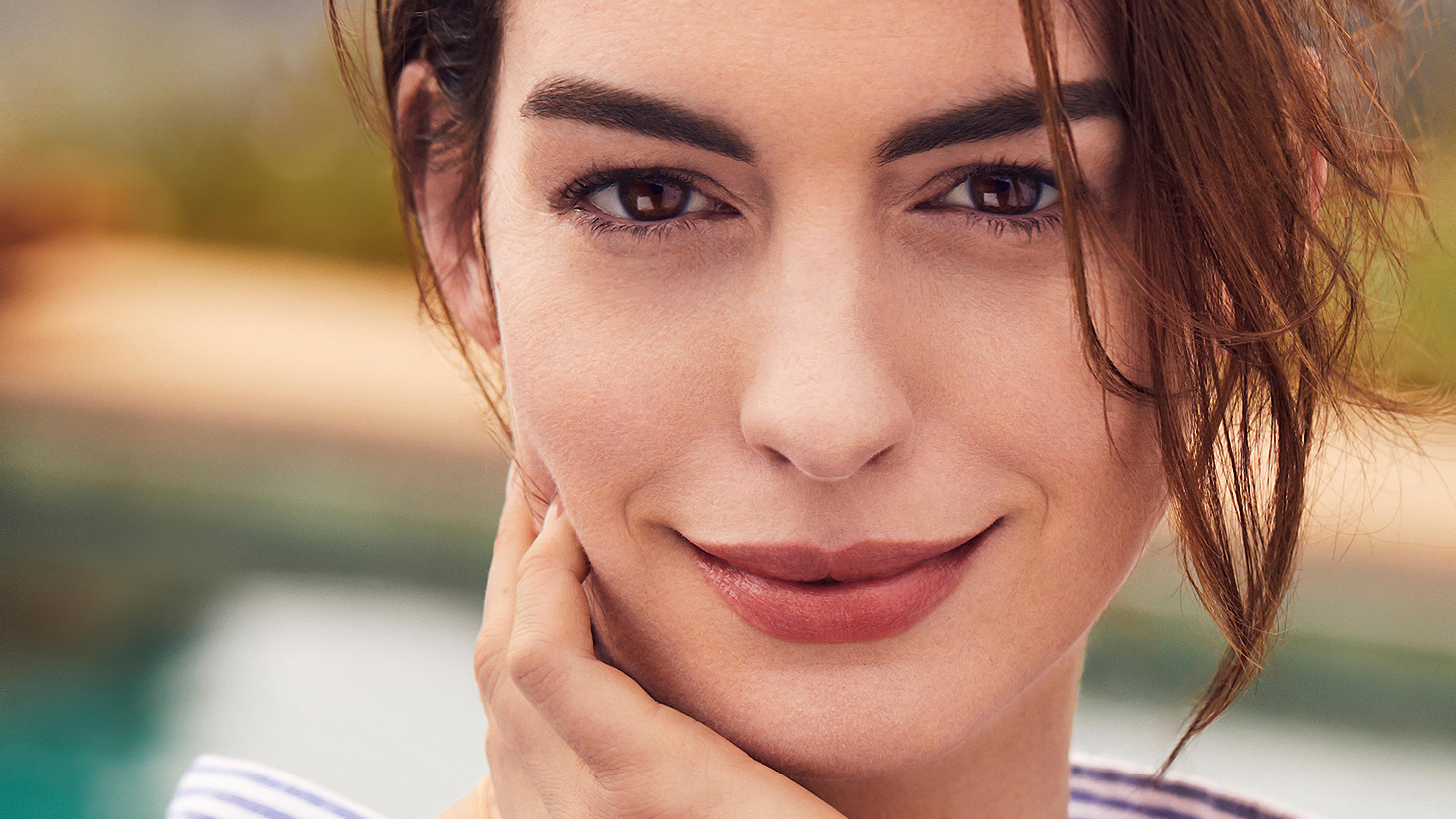Fondos de pantalla Rostro de Anne Hathaway