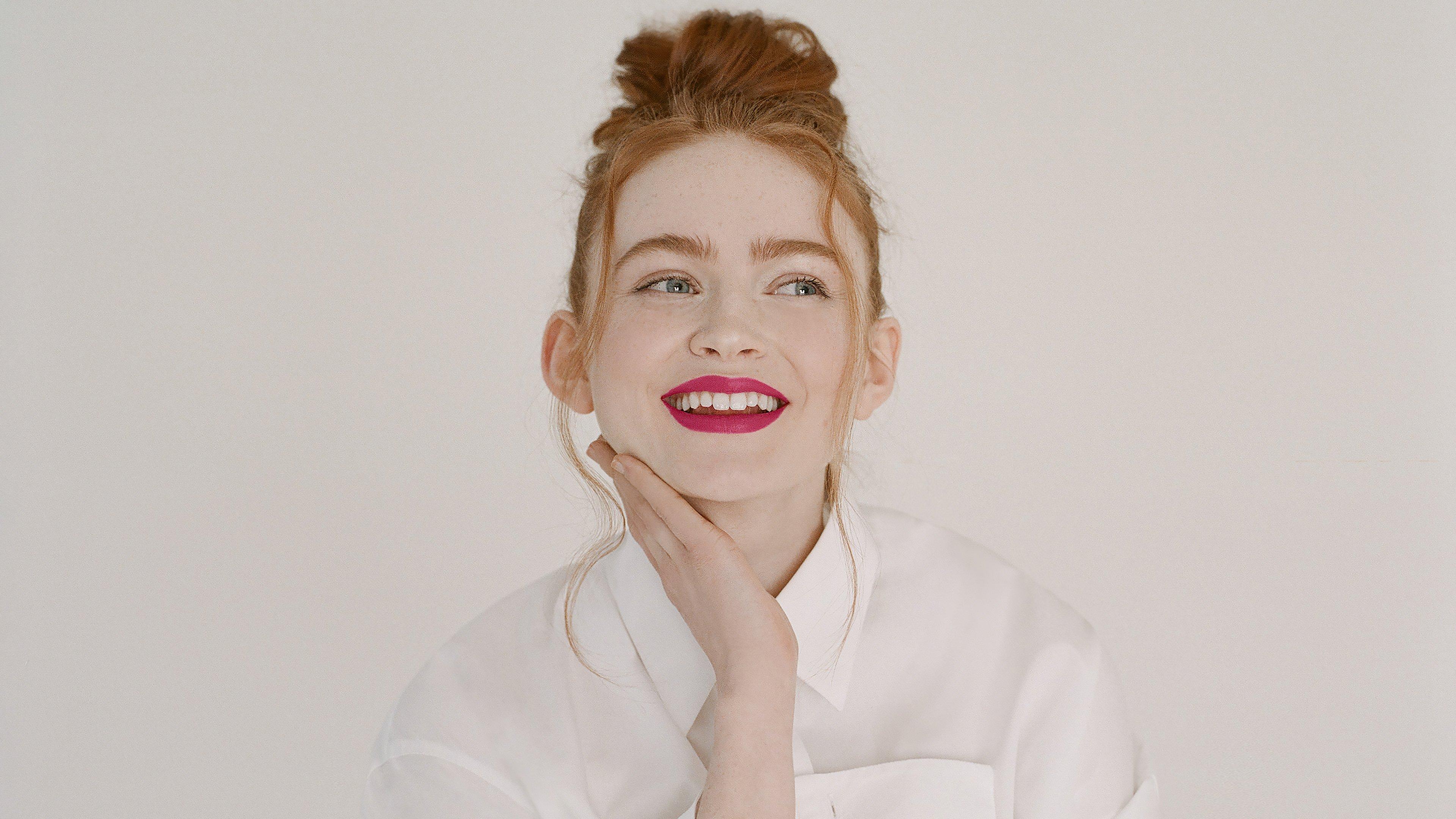 Fondos de pantalla Sadie Sink Givenchy Beauty Capaign 2021