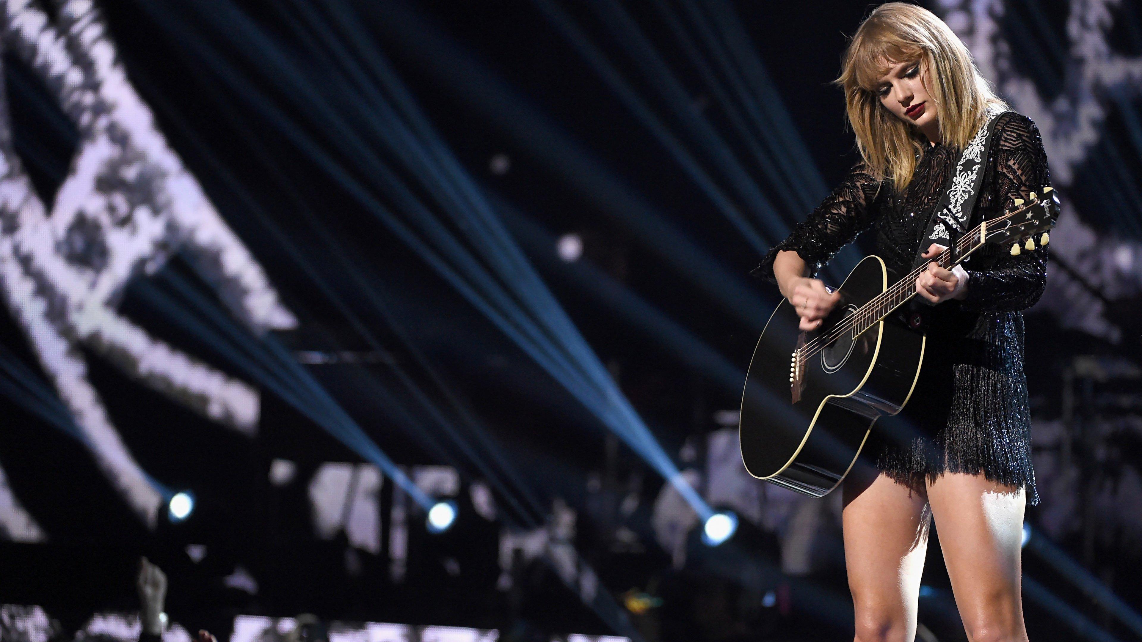 Fondos de pantalla Taylor Swift en MTV music awards 2017