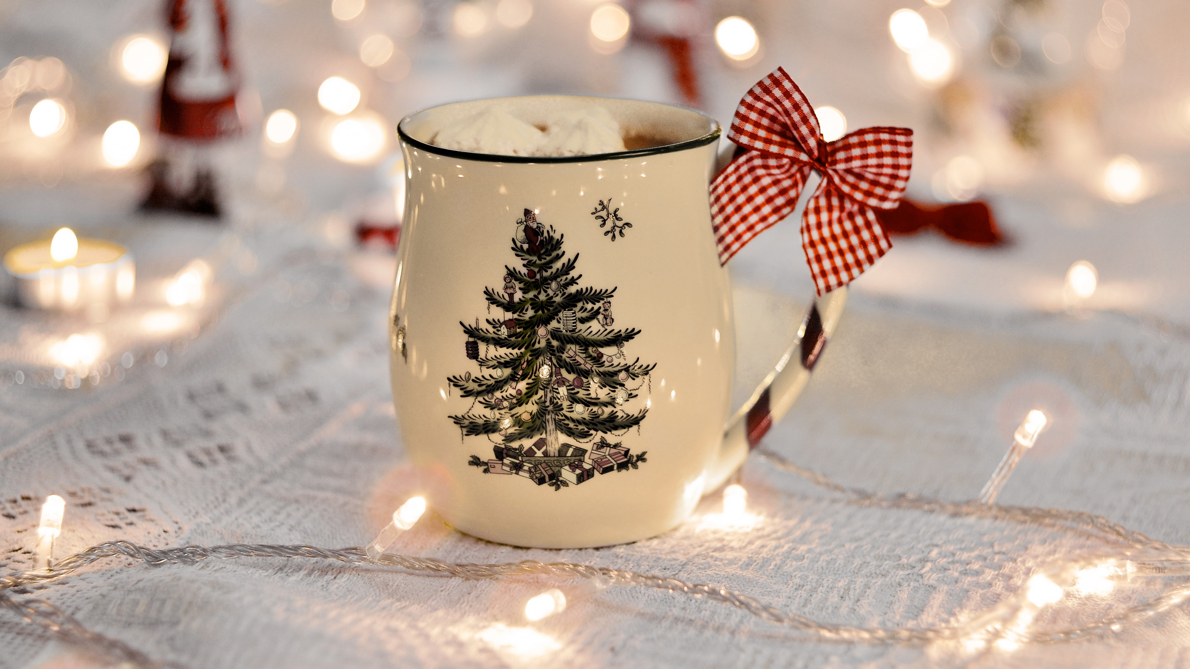 Wallpaper Christmas mug with lights