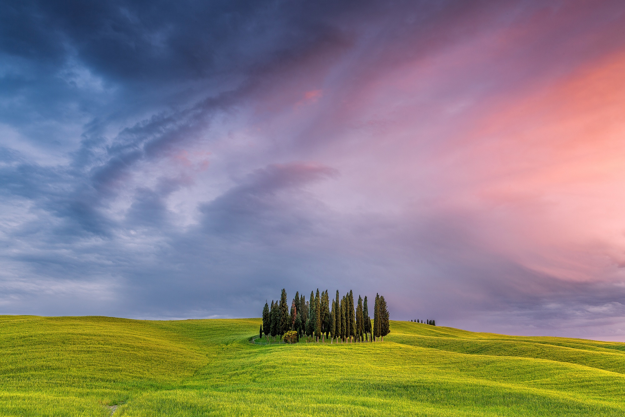 Fondos de pantalla Toscana en Italia al atardecer