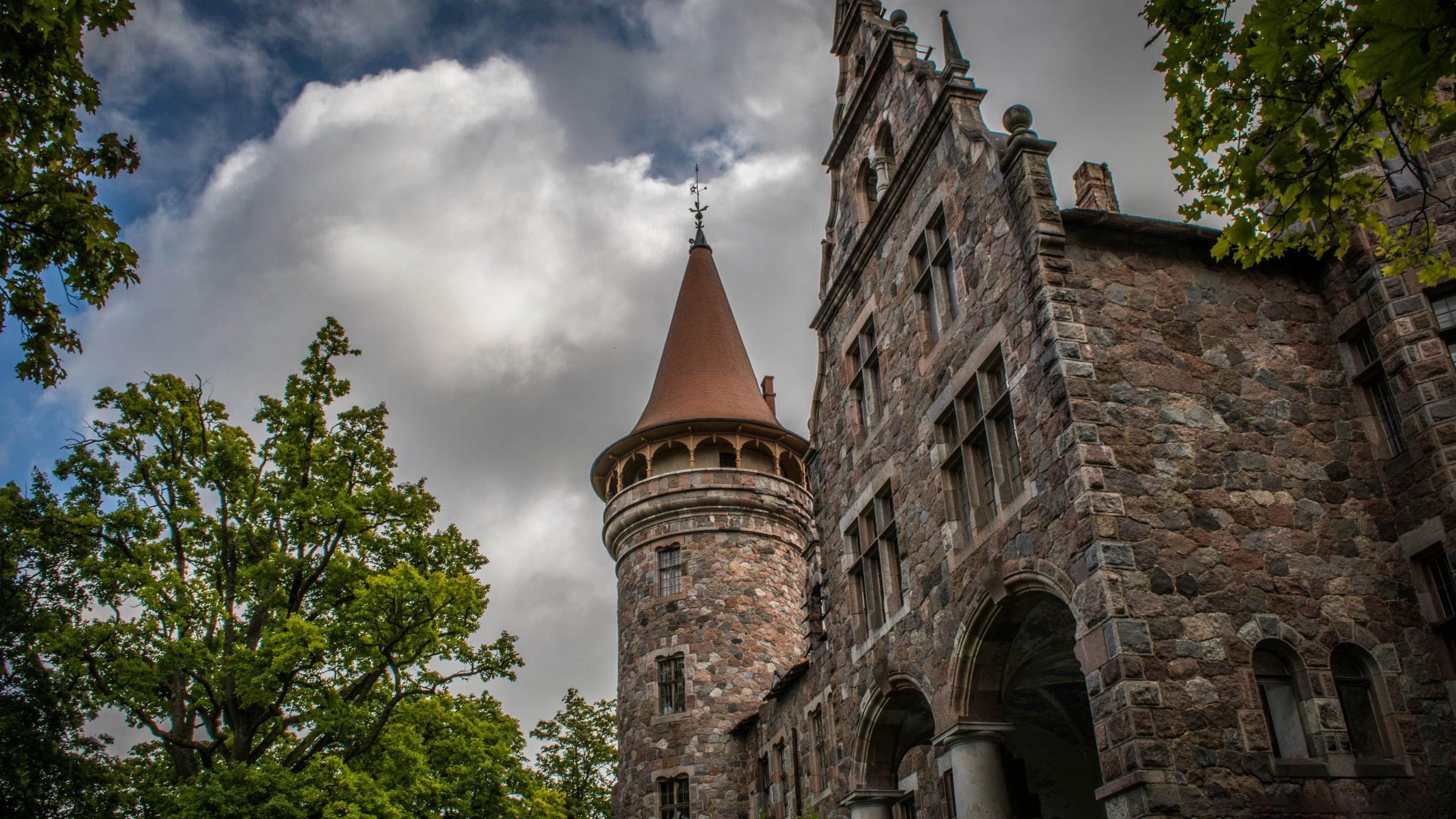 Wallpaper A castle
