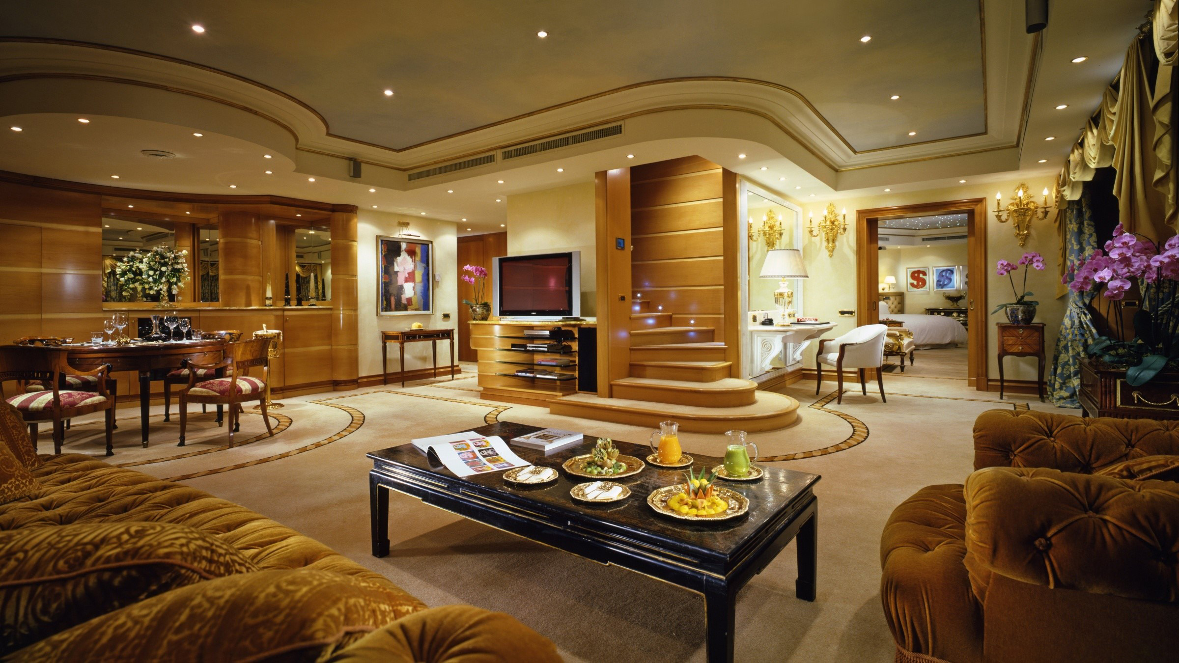 Wallpaper A luxurious apartment