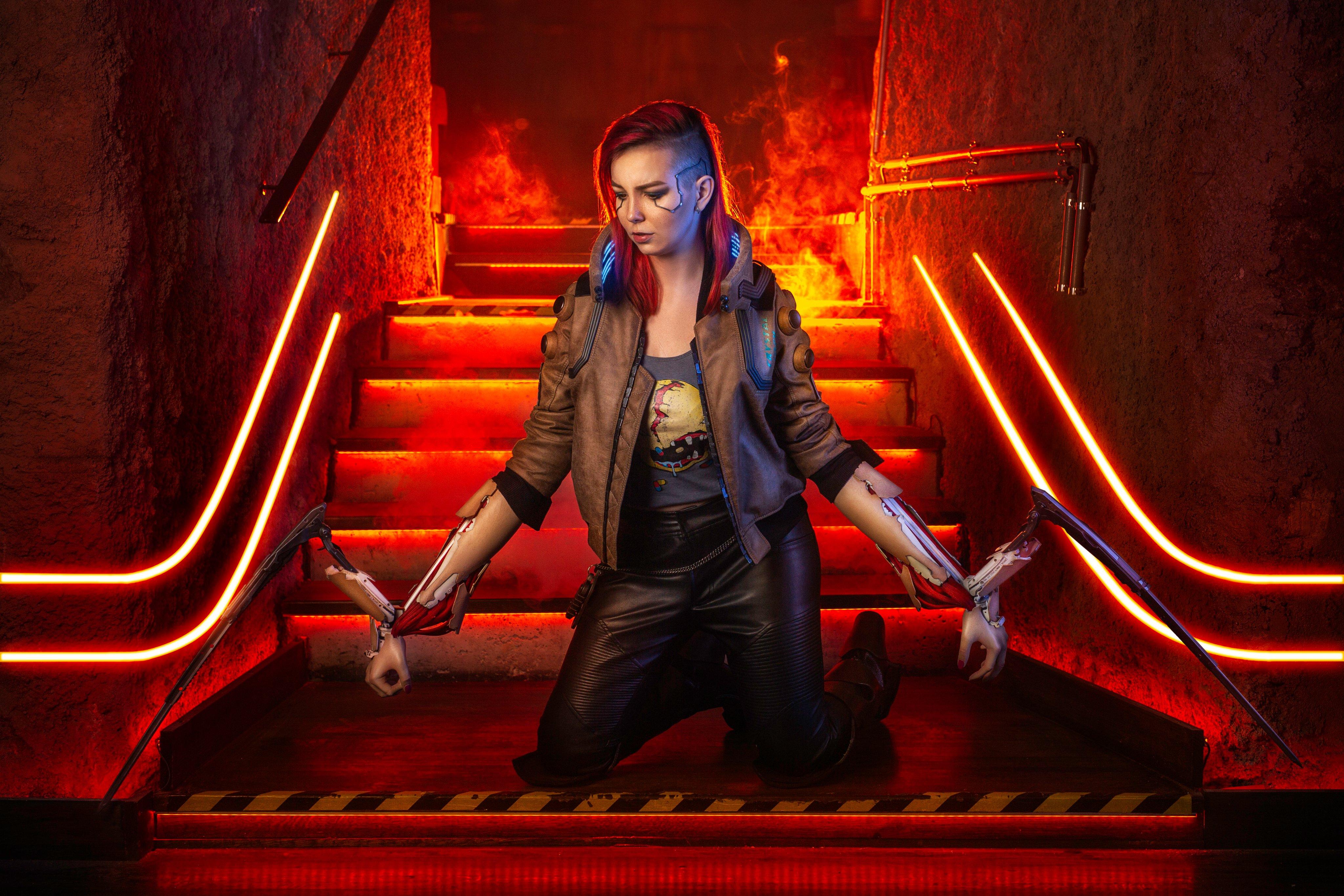 Fondos de pantalla V en Cyberpunk 2077 Cosplay