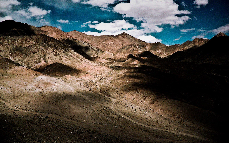 Wallpaper Valley