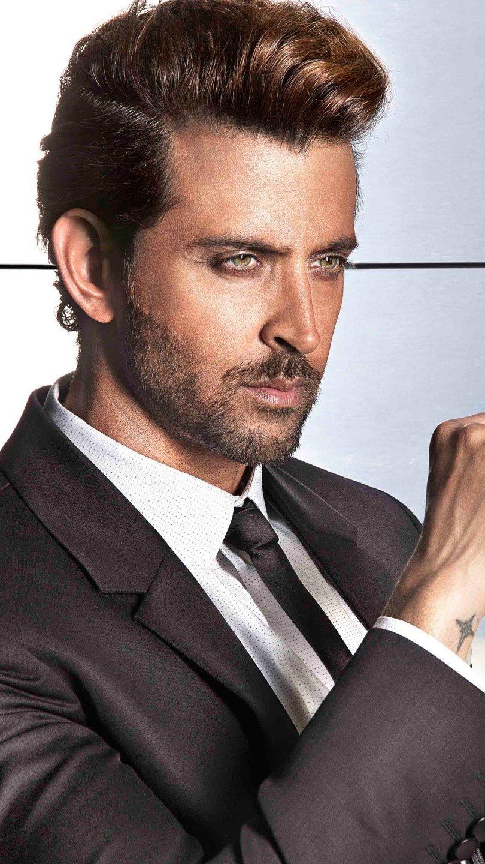 Fondos de pantalla Actor de bollywood Hrithik Roshan Vertical