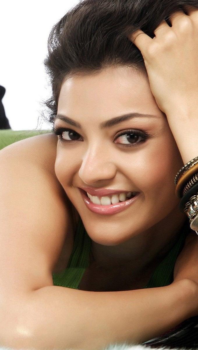 Wallpaper Actress Kajal Telugu Vertical
