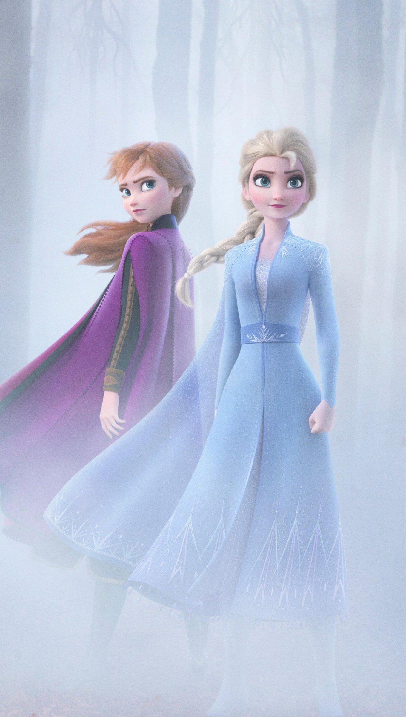 Wallpaper Anna and Elsa from Frozen 2 Vertical