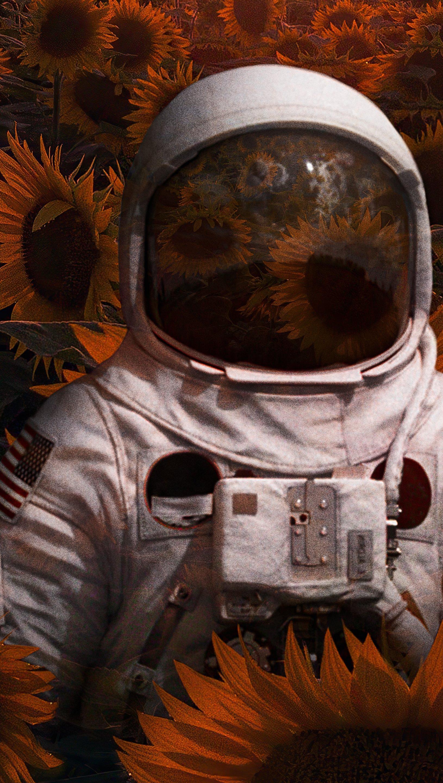 Wallpaper Astronaut in sunflower field Vertical