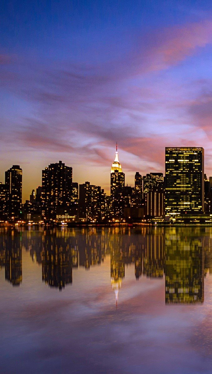 Wallpaper Sunset in Manhattan Vertical