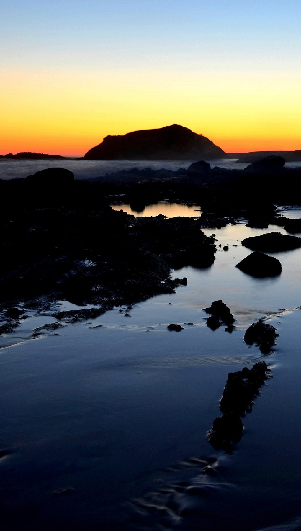Wallpaper Sunset in a lagoon Vertical