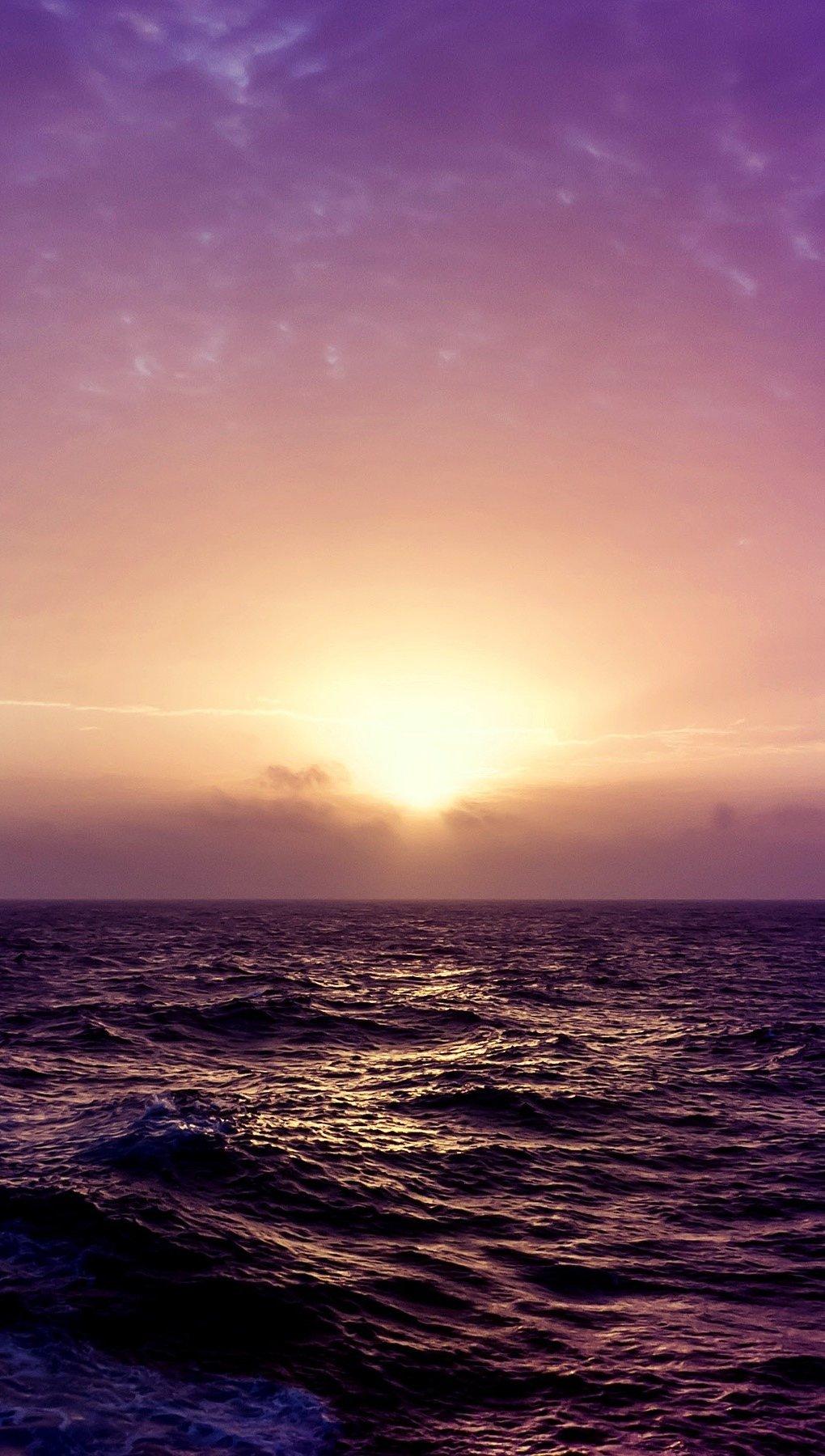 Wallpaper Purple sunset on the beach Vertical